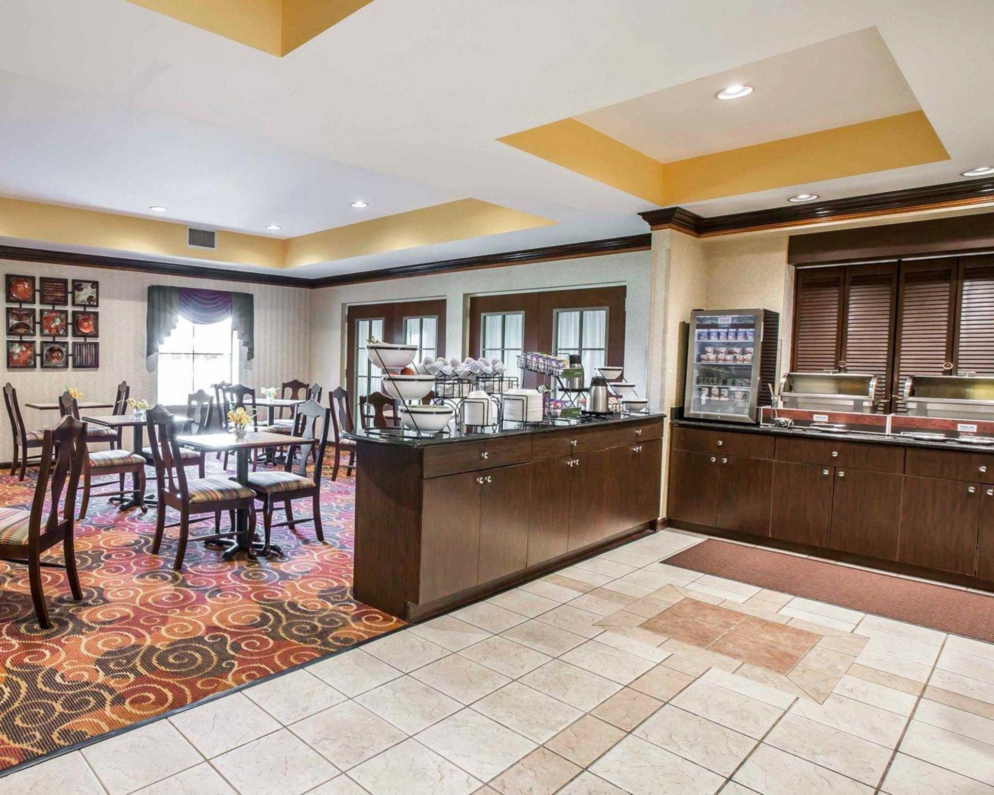 Comfort Inn Amp Suites Spartanburg South Carolina