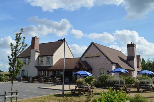 Swan & Cygnet Wakefield - Wakefield, West Yorkshire WF4 3BB - 01924 242499 | ShowMeLocal.com