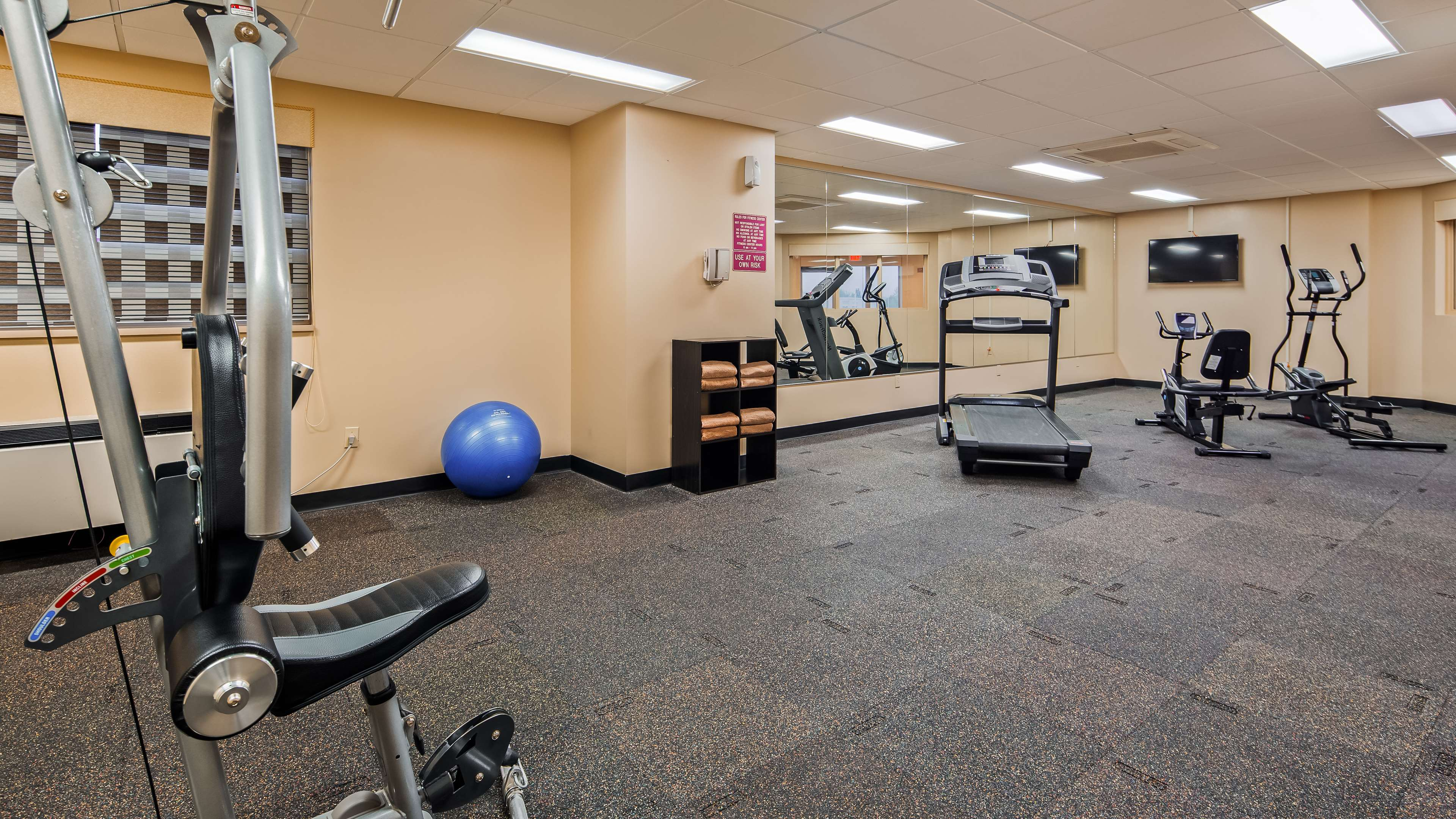 Best Western Marquis Inn & Suites in Prince Albert: Fitness Centre
