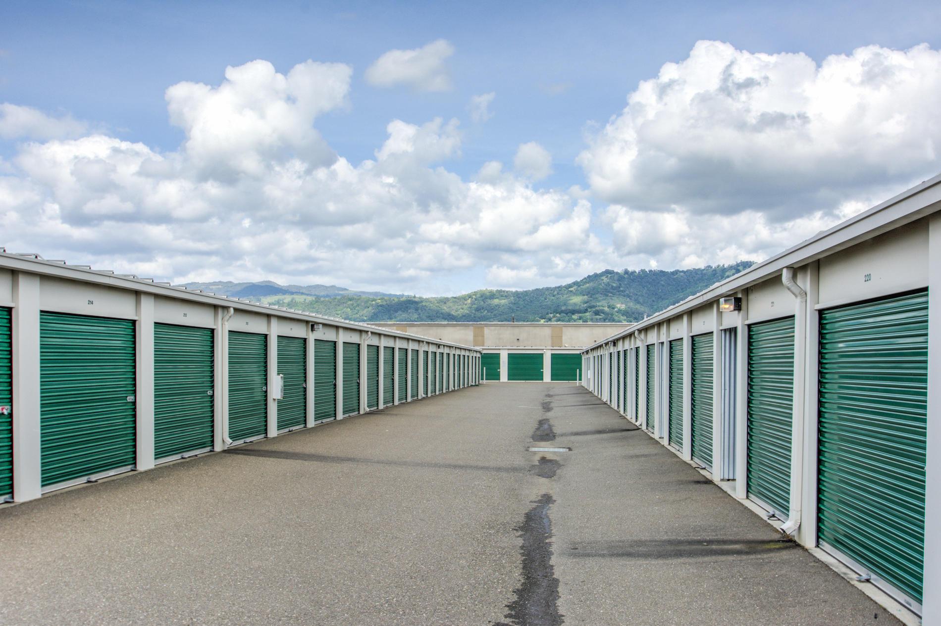 Roll-up doors. Empire Mini Storage Cloverdale (707)827-9289
