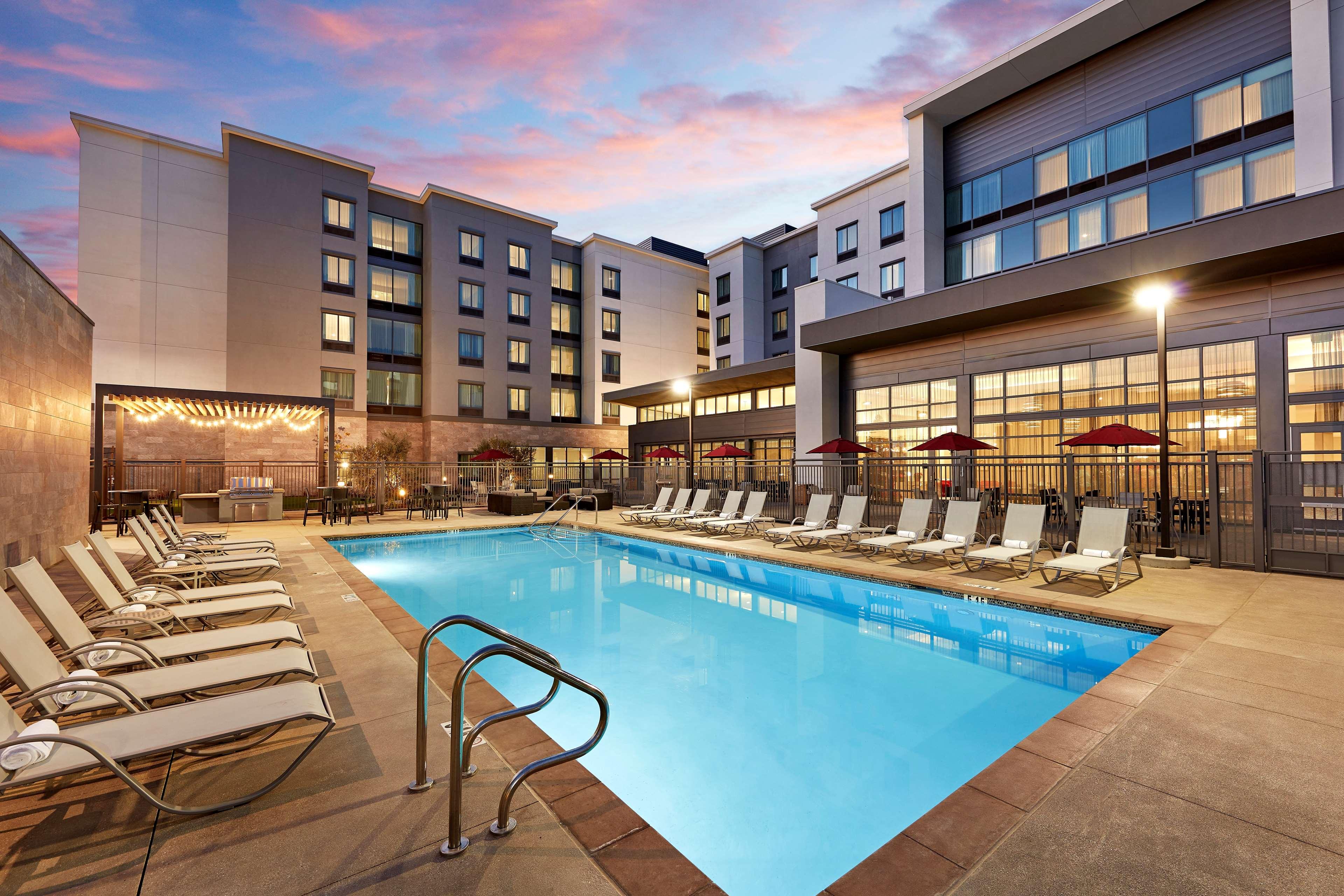 Hampton Inn Long Beach Airport Long Beach California Ca