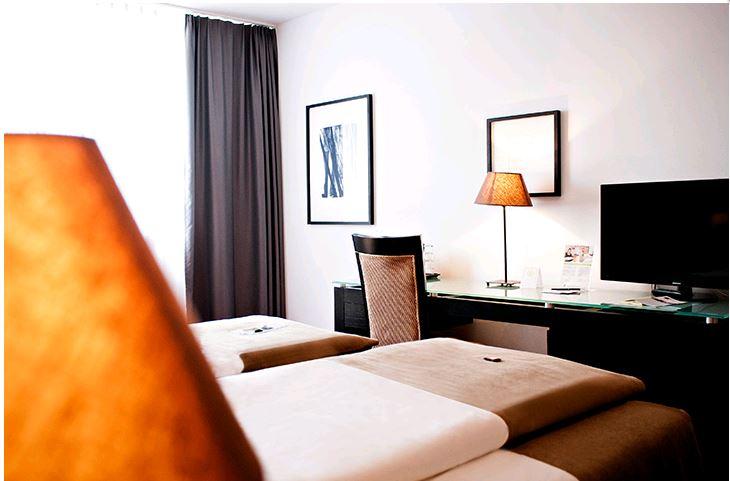 The Corner Hotel (ENPdR GmbH)