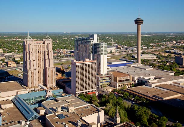 Hotels And Motels On The Riverwalk In San Antonio Tx