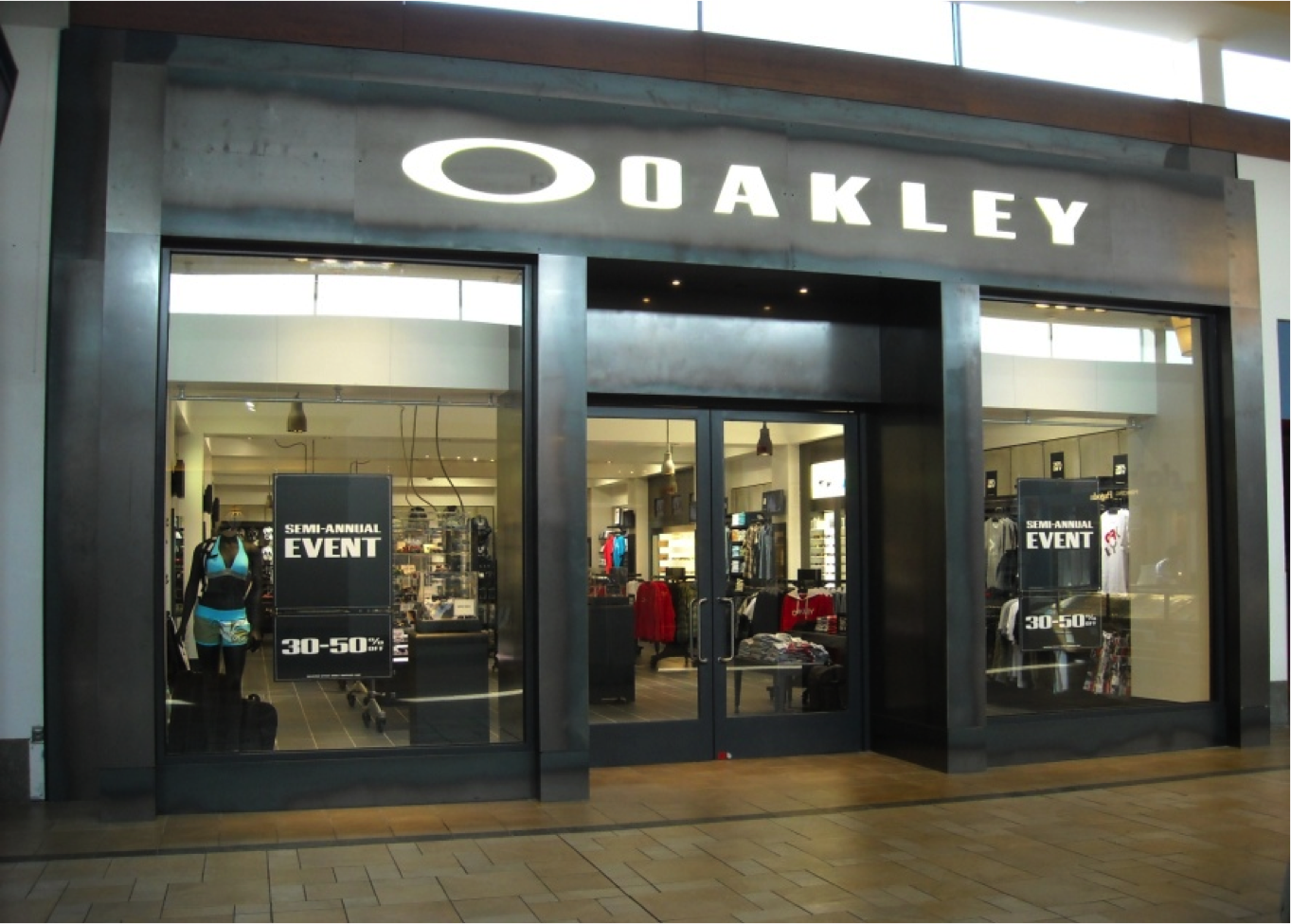oakley store lake grove new york ny. Black Bedroom Furniture Sets. Home Design Ideas