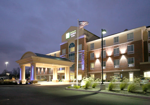 Holiday Inn Express Suites Cincinnati Mason Mason Ohio Oh