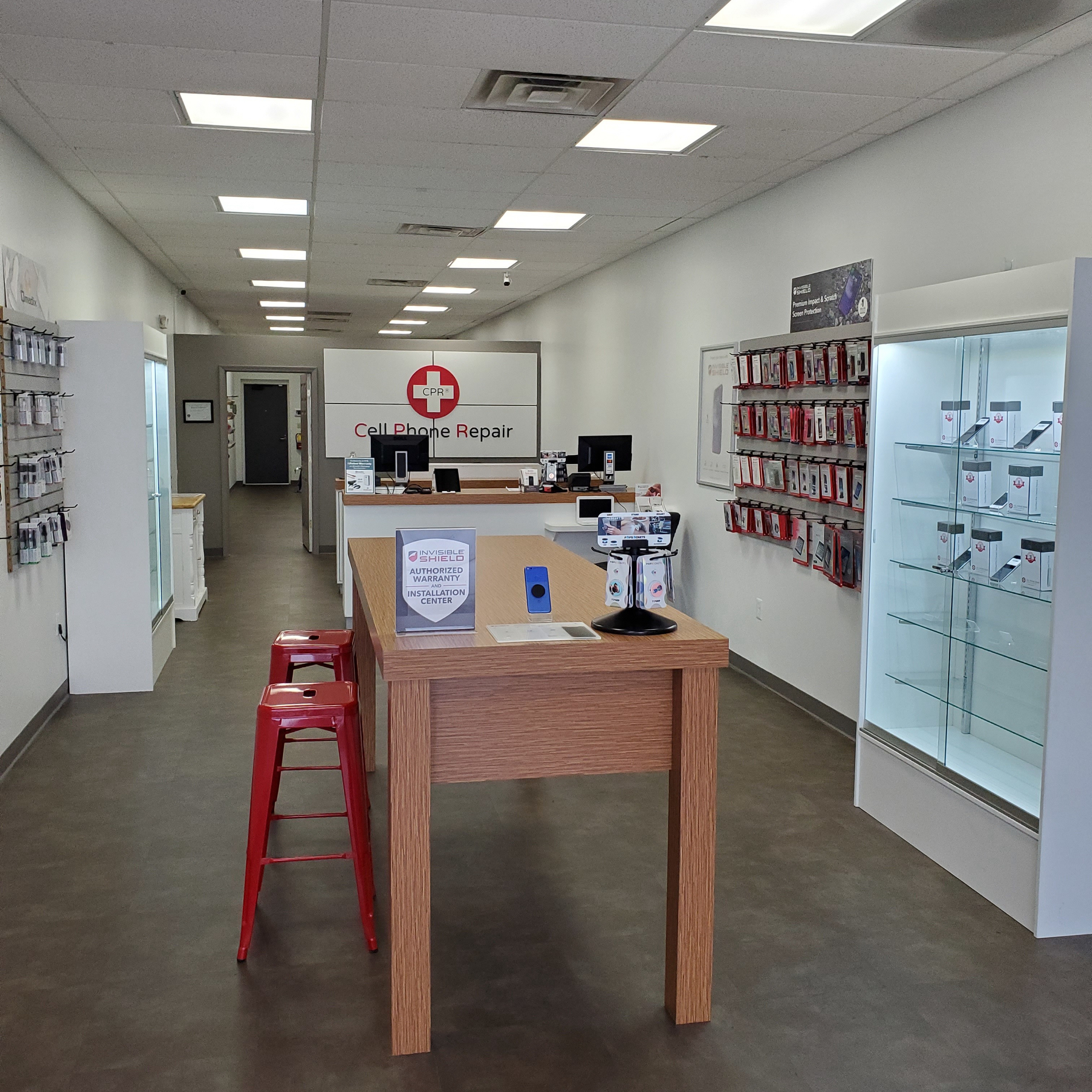 CPR Cell Phone Repair Schererville IN - Store interior