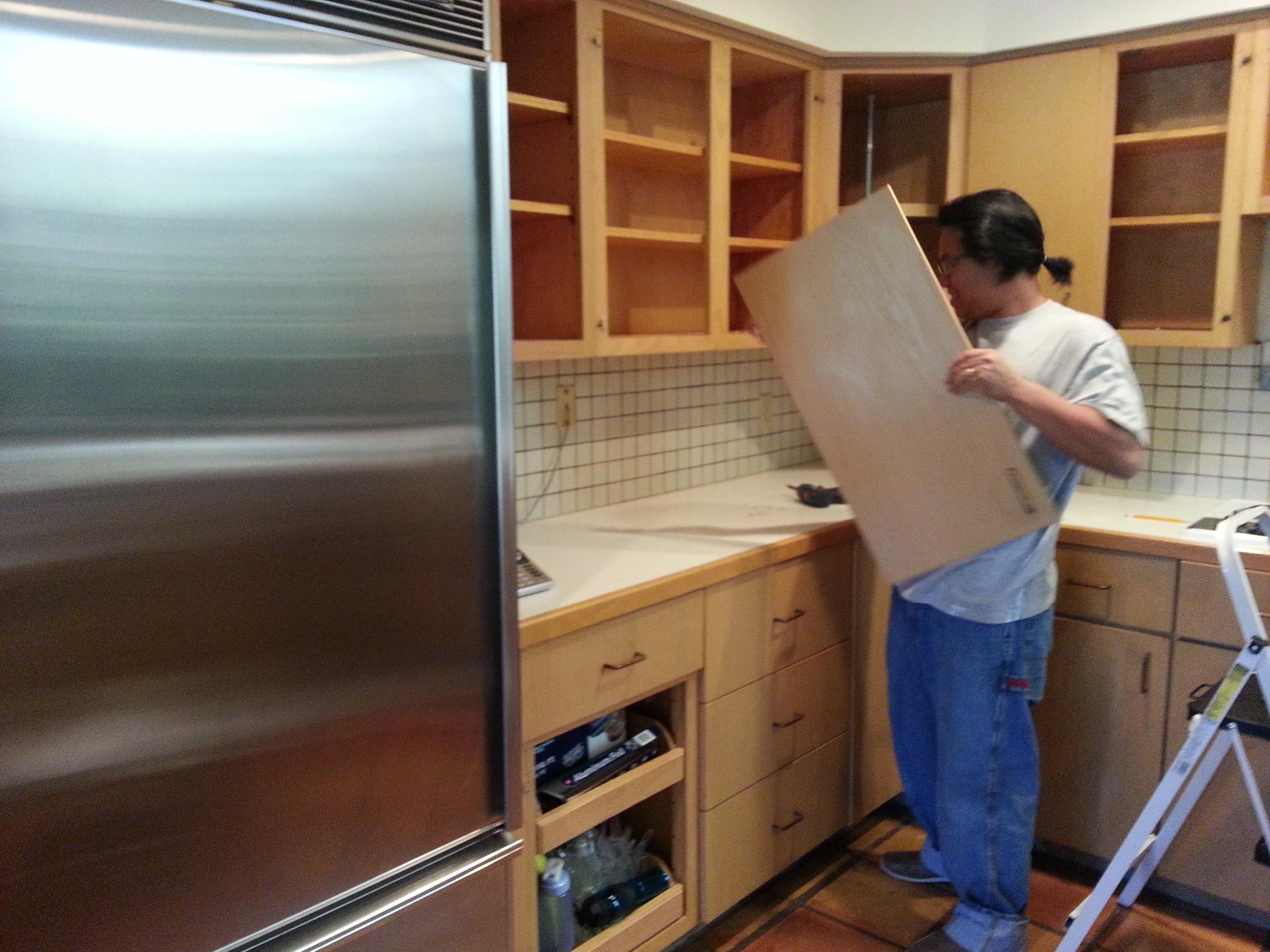 Re a door kitchen cabinets refacing 19 photos for Cabinet refacing contractors