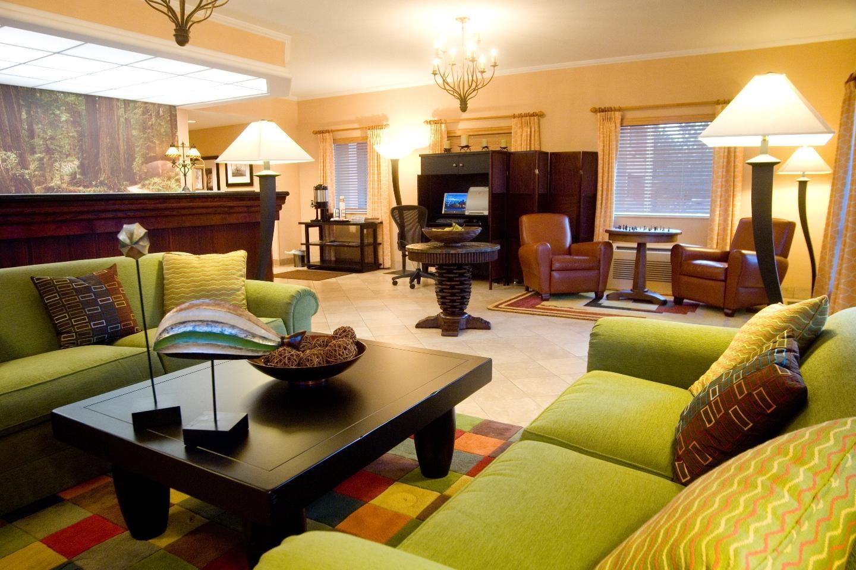 Phoenix Inn Suites - South Salem image 2