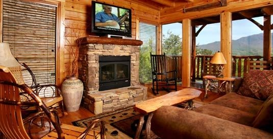 Jackson mountain homes in gatlinburg tn 865 436 8 for Jackson cabins gatlinburg tenn