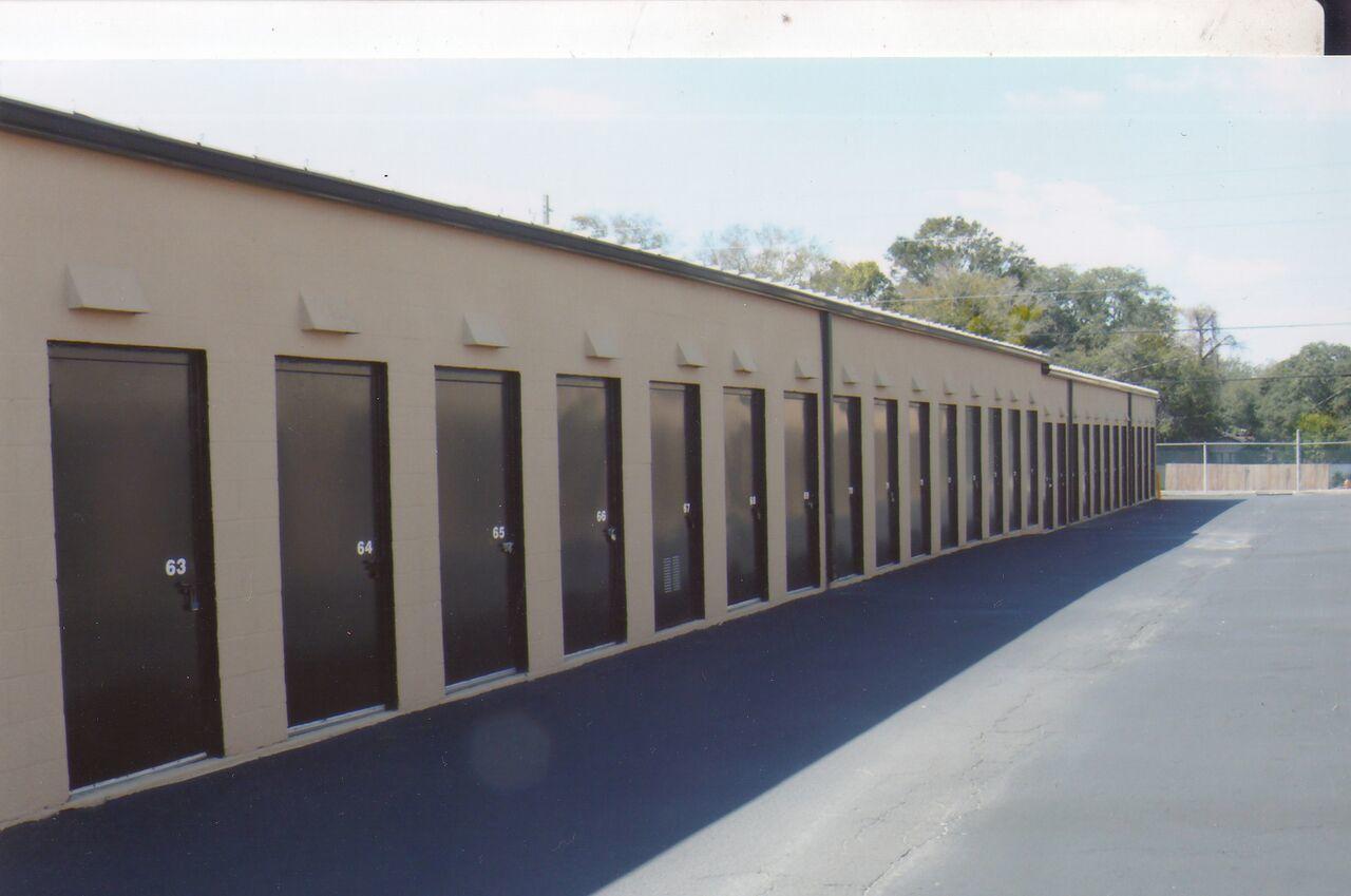 A Armadillo Self Storage Armadillo Mini Storage...