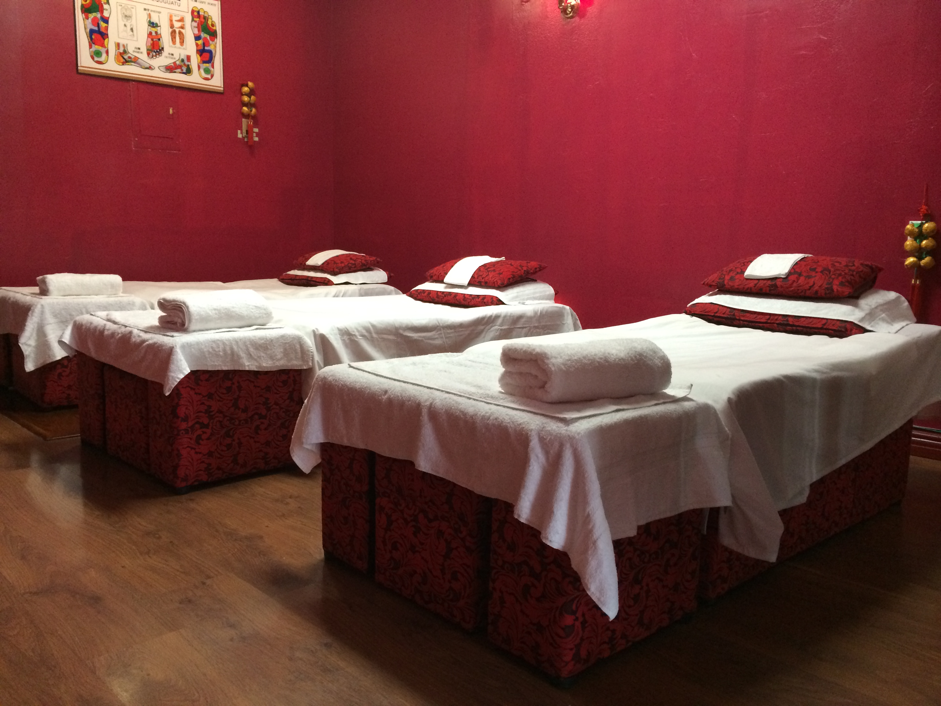 Massage in CA Glendale 91205 Seasonal Massage 1428 E Colorado Blvd Suite B  (818)242-2208
