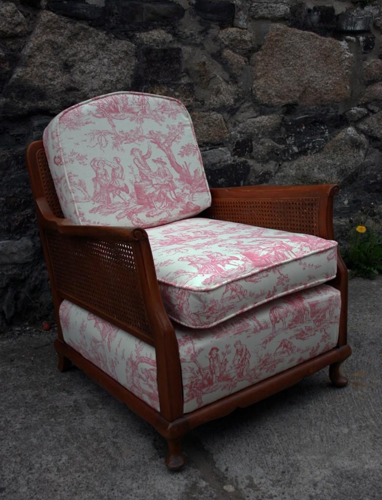Mia's Upholstery