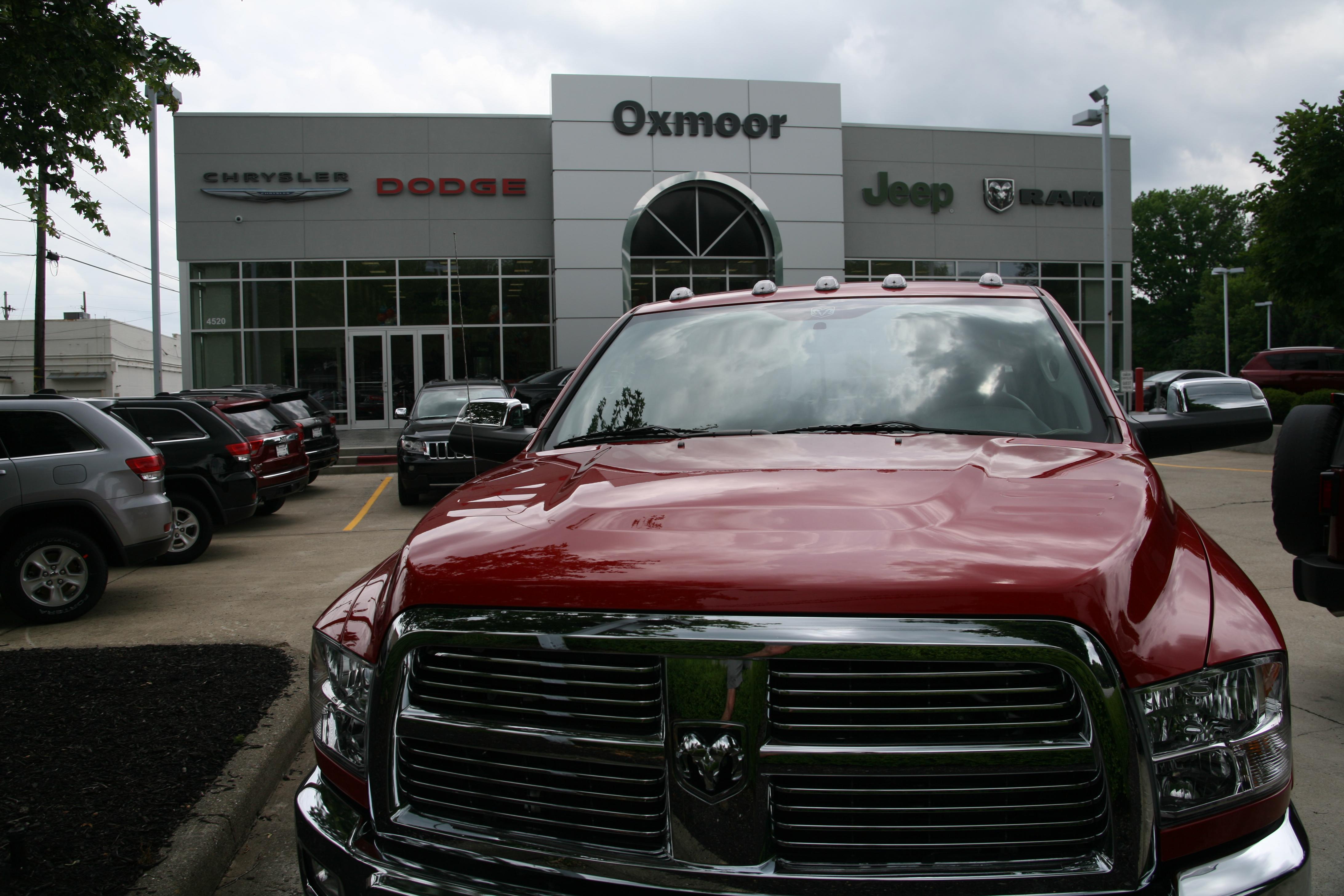 oxmoor chrysler dodge jeep ram in louisville ky 40207. Black Bedroom Furniture Sets. Home Design Ideas