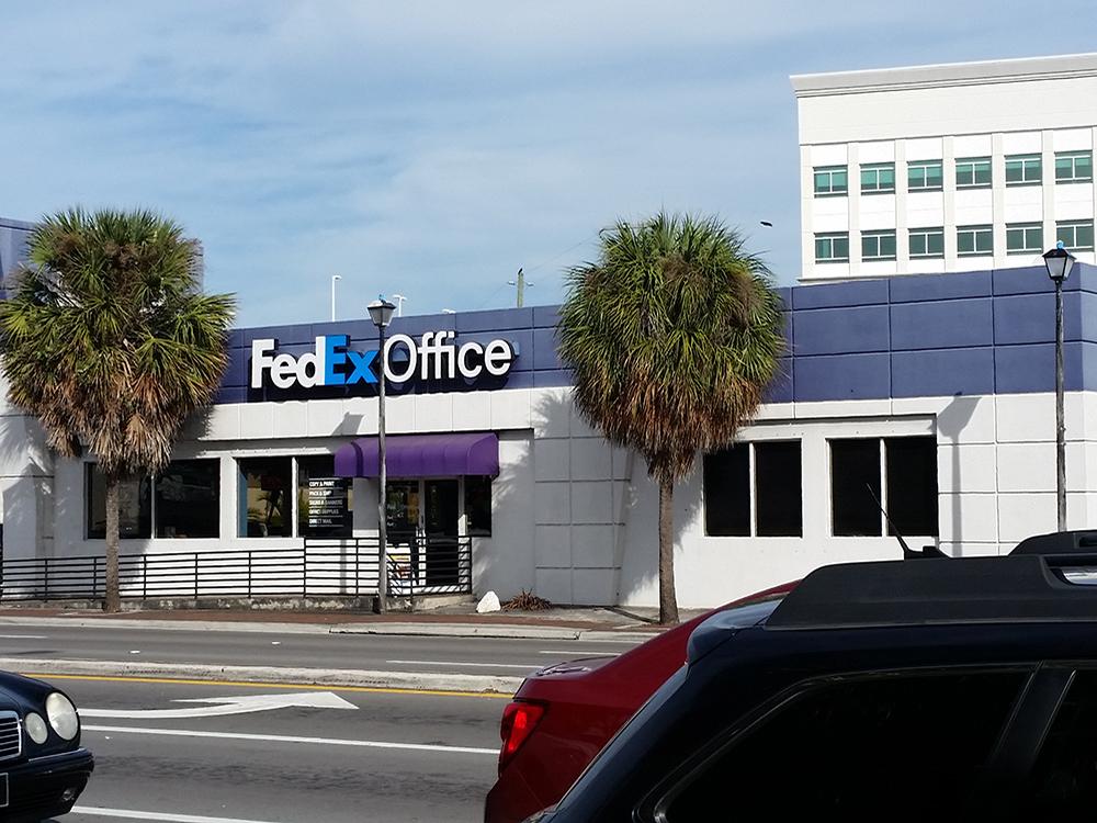 Fedex Office Print Amp Ship Center Miami Florida Fl