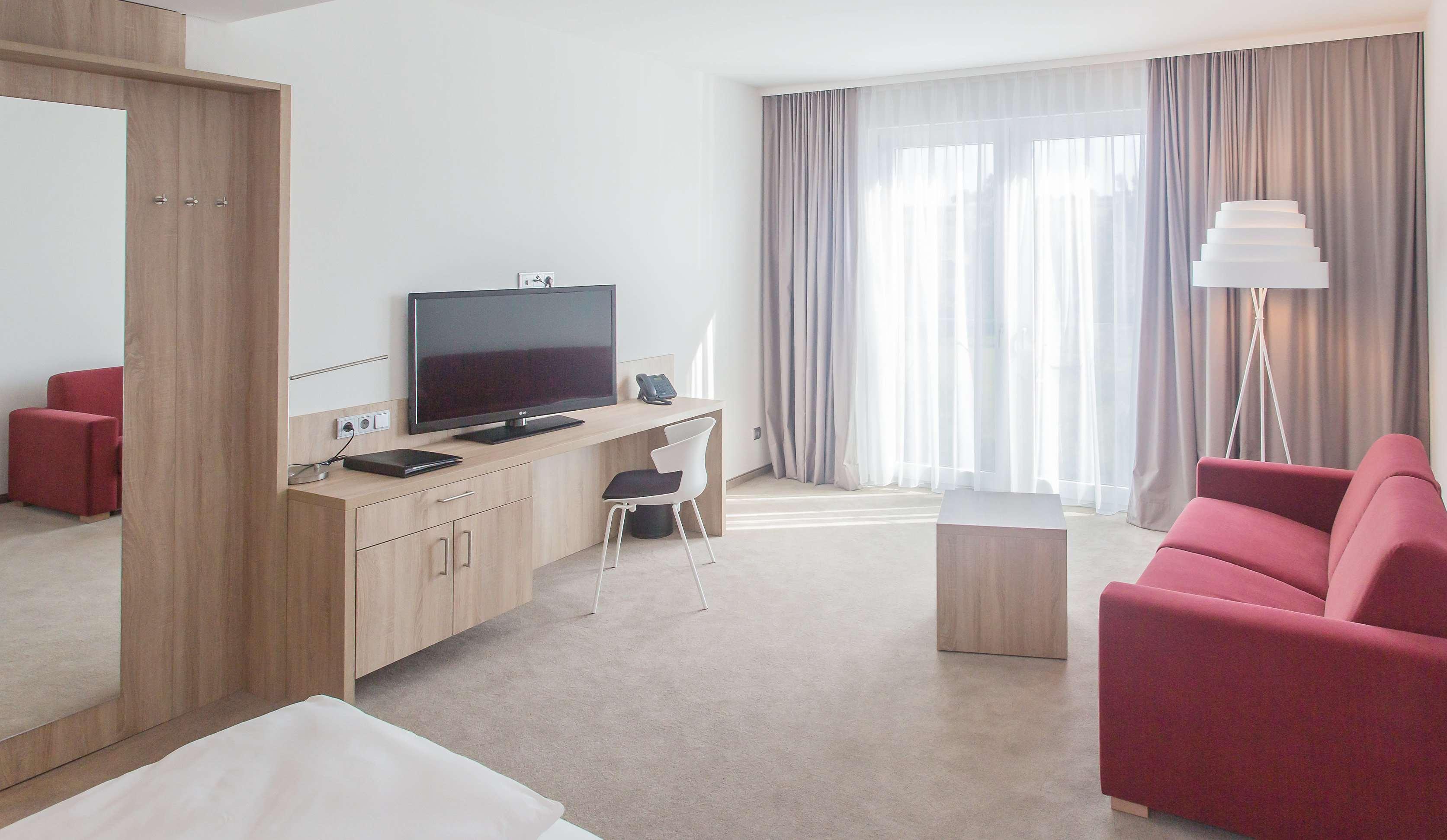 Hotels In Niefern Oschelbronn Deutschland