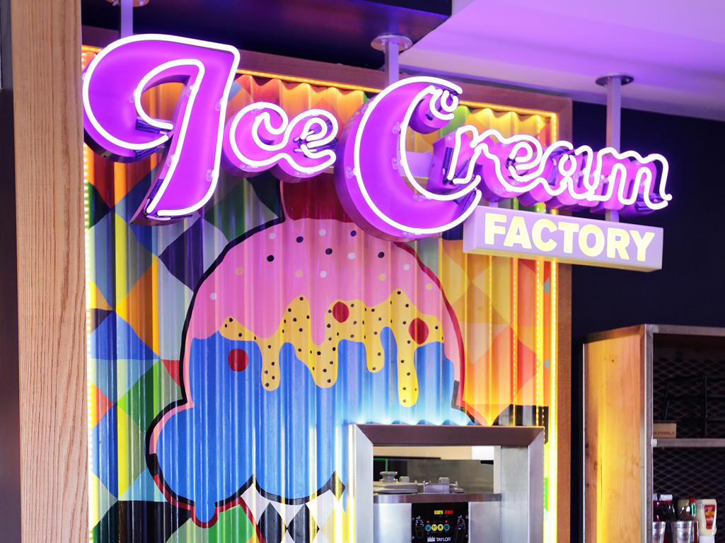 The Ice Cream Factory at Pizza Hut Restaurants. Help yourself to Ice Cream with your favourite sauce Pizza Hut Restaurants Stoke on Trent 01782 599223