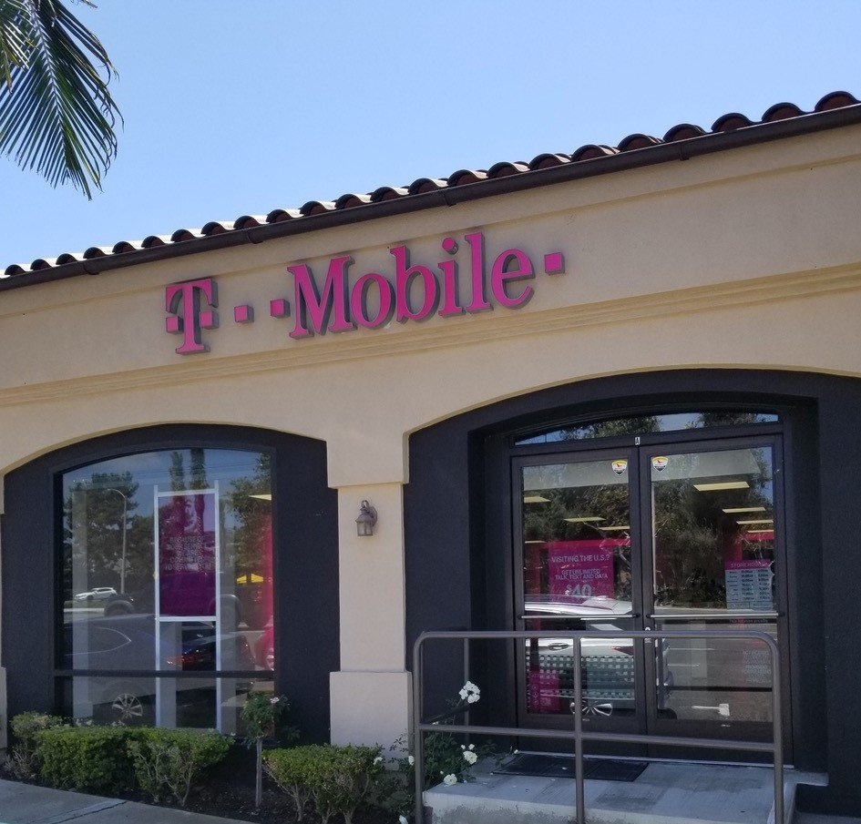t mobile store at 2345 e coast highway suite a corona del mar ca t mobile corona del mar ca t mobile