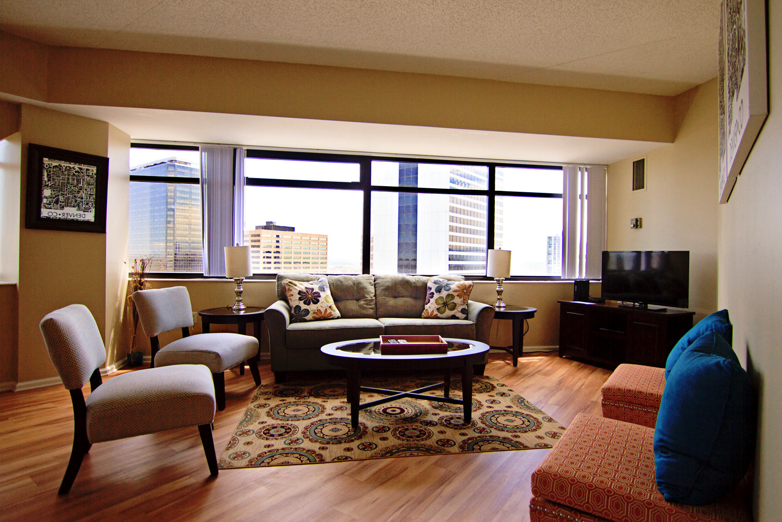 Denver vacation rentals at denver place by stay alfred in for Cabins in denver colorado for vacation