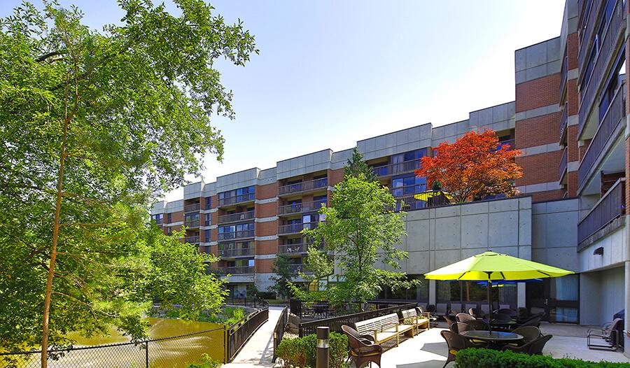 Revera Glynnwood Retirement Residence