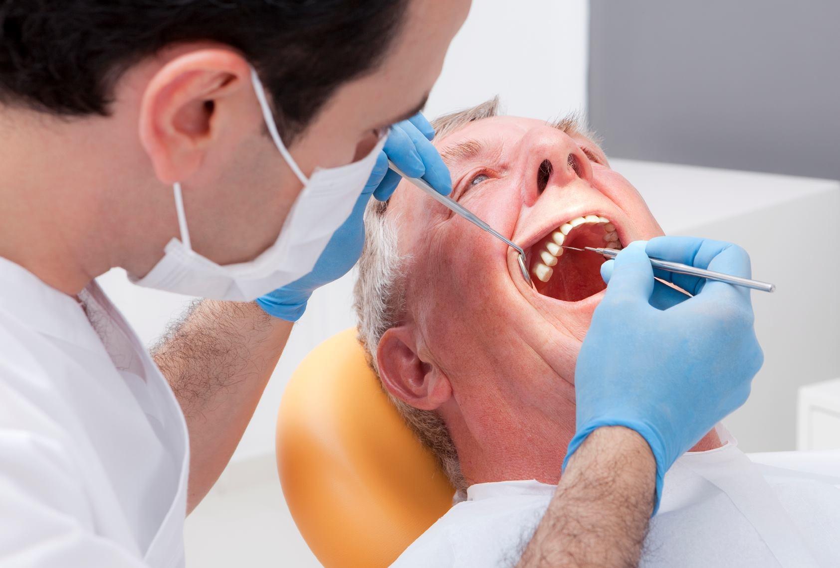всё картинка у стоматолога на прием своими очаровательными принцессами