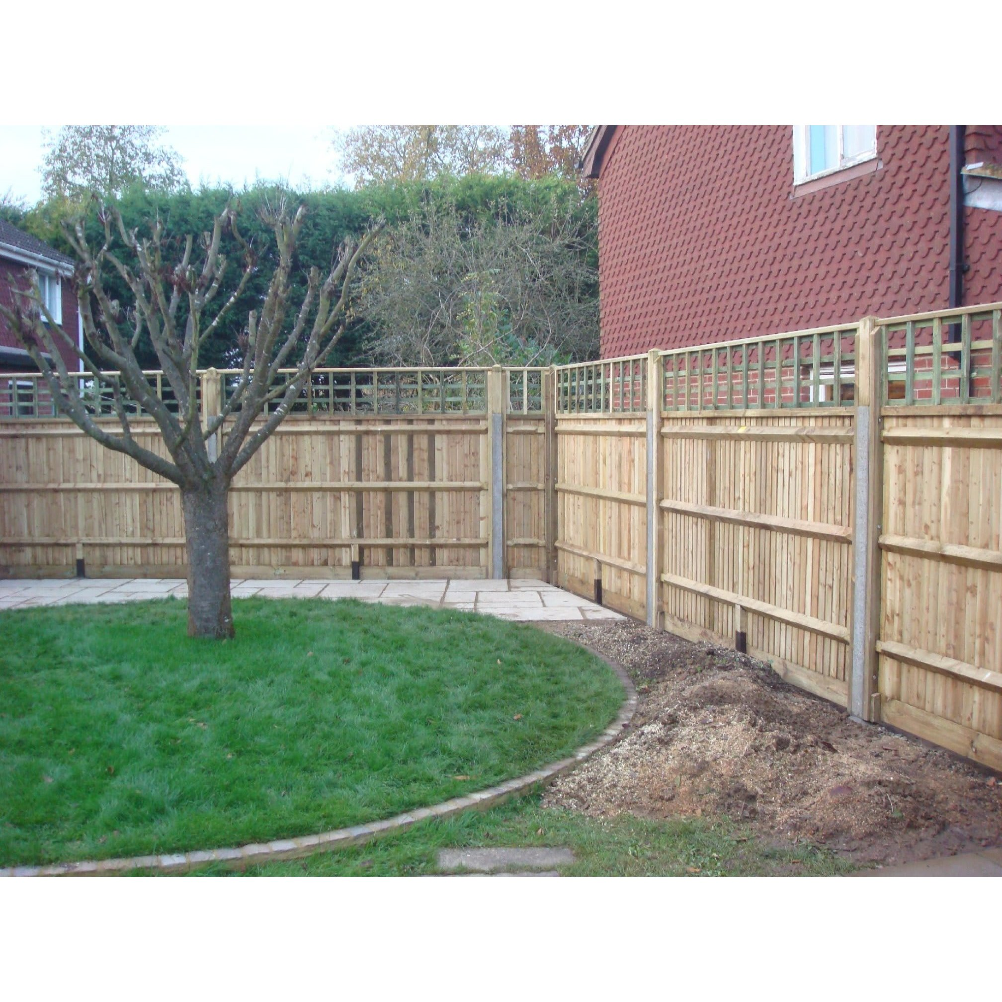 M D Eaton Fencing & Carpentry Reading 01189 722743