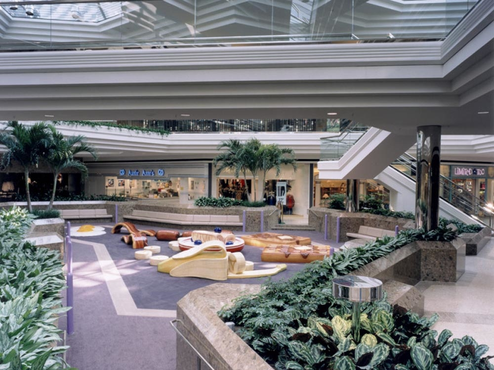The Mall at Tuttle Crossing Play Area - Columbus Home