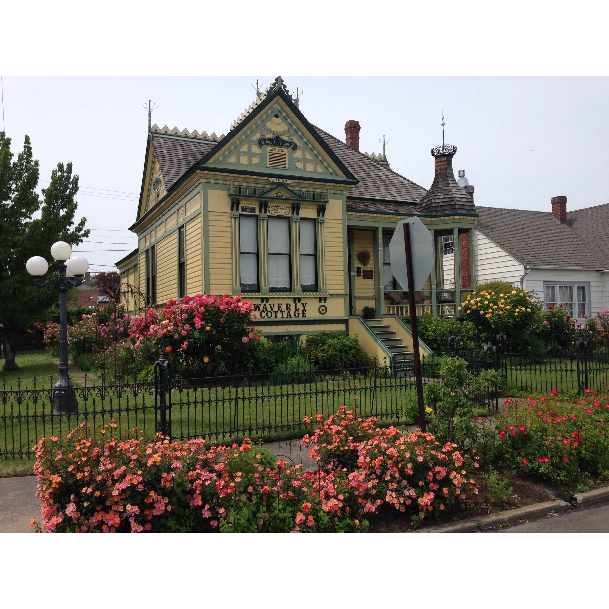 Waverly Cottage