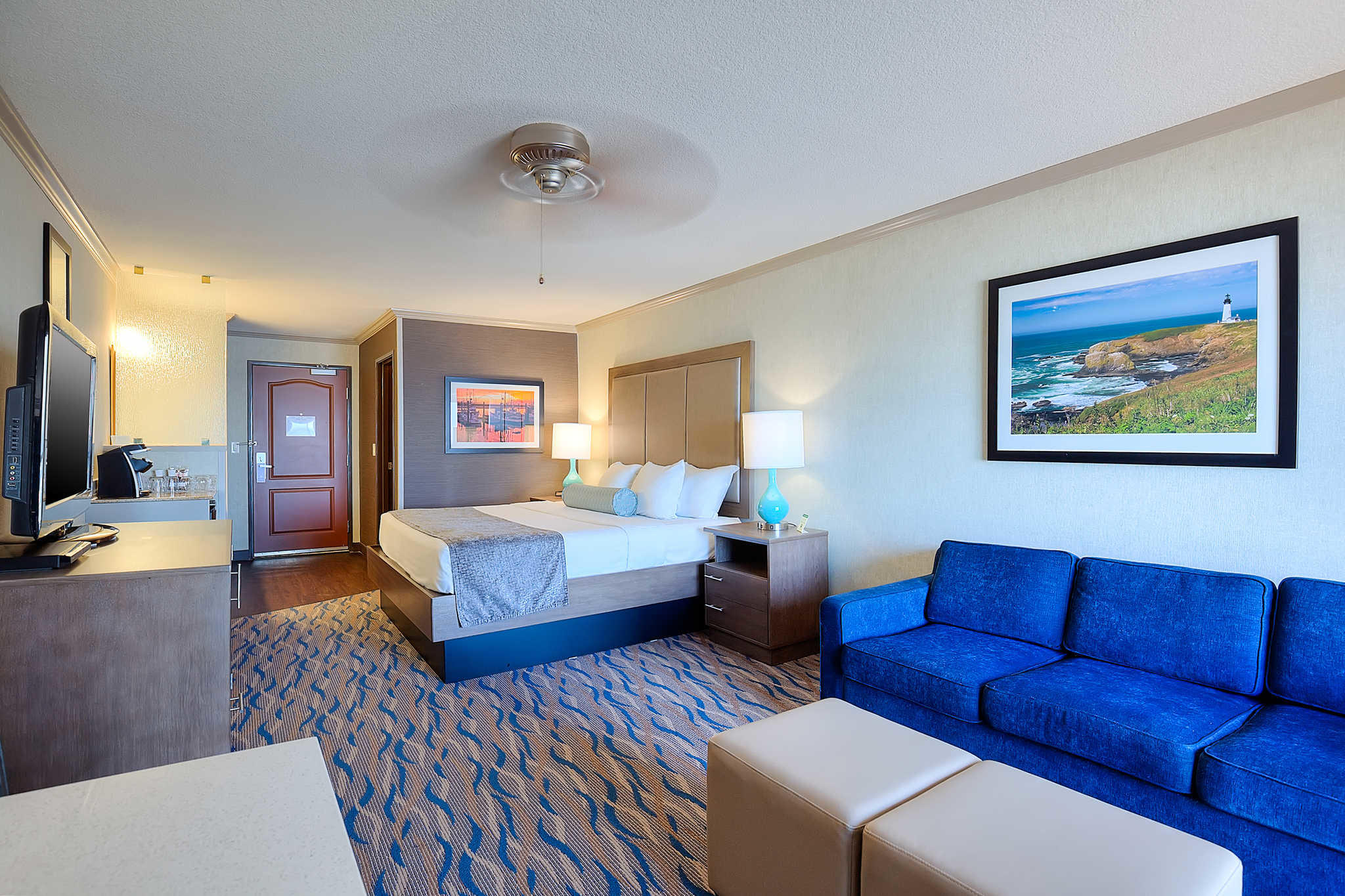 elizabeth oceanfront suites an ascend hotel collection. Black Bedroom Furniture Sets. Home Design Ideas