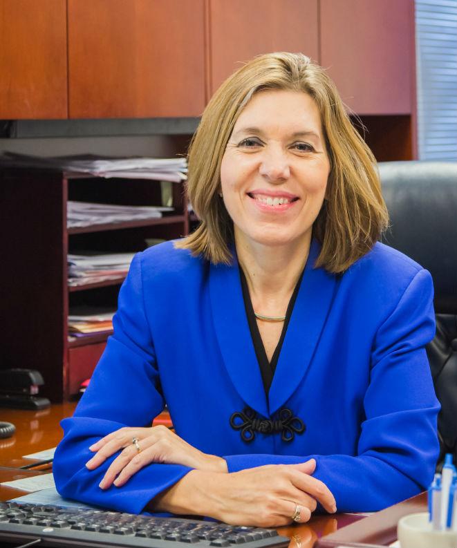 Donita Hunt: Allstate Insurance