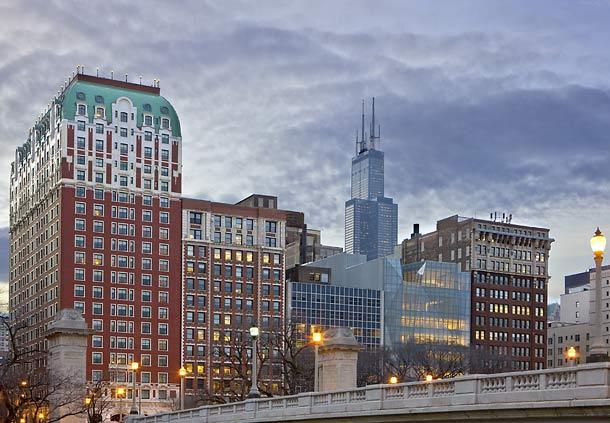 Renaissance blackstone chicago hotel in chicago il 312 for Avenue hotel chicago