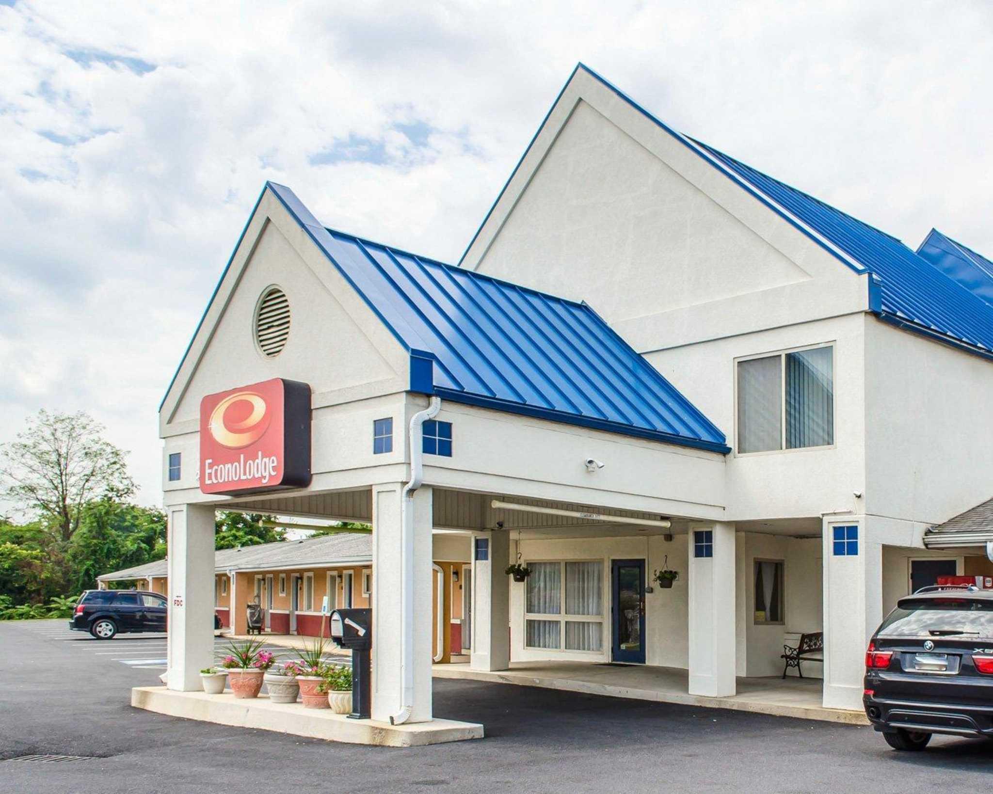 Motel  Mechanicsburg Pa