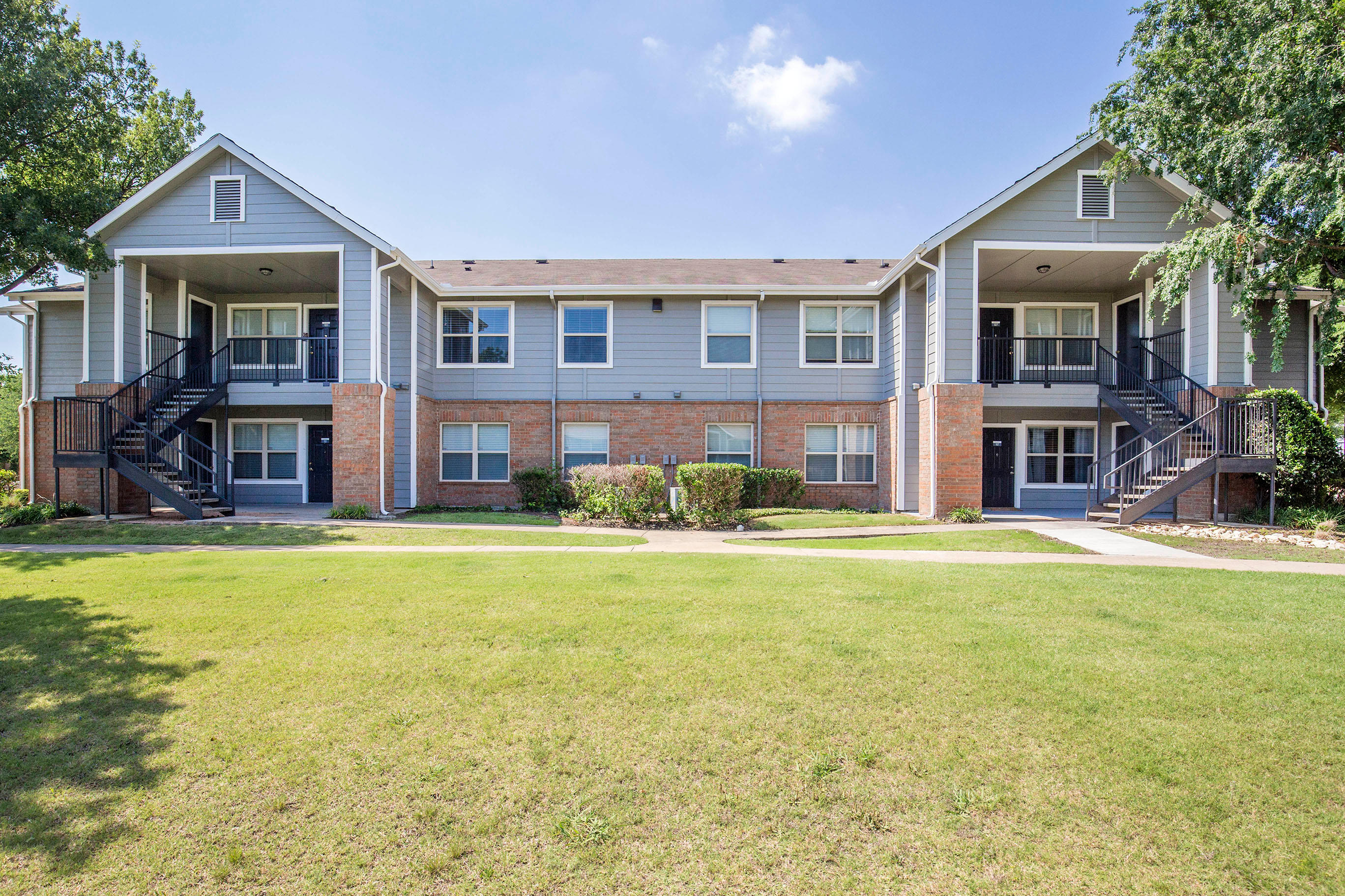 Park Apartments By Cortland Plano Tx
