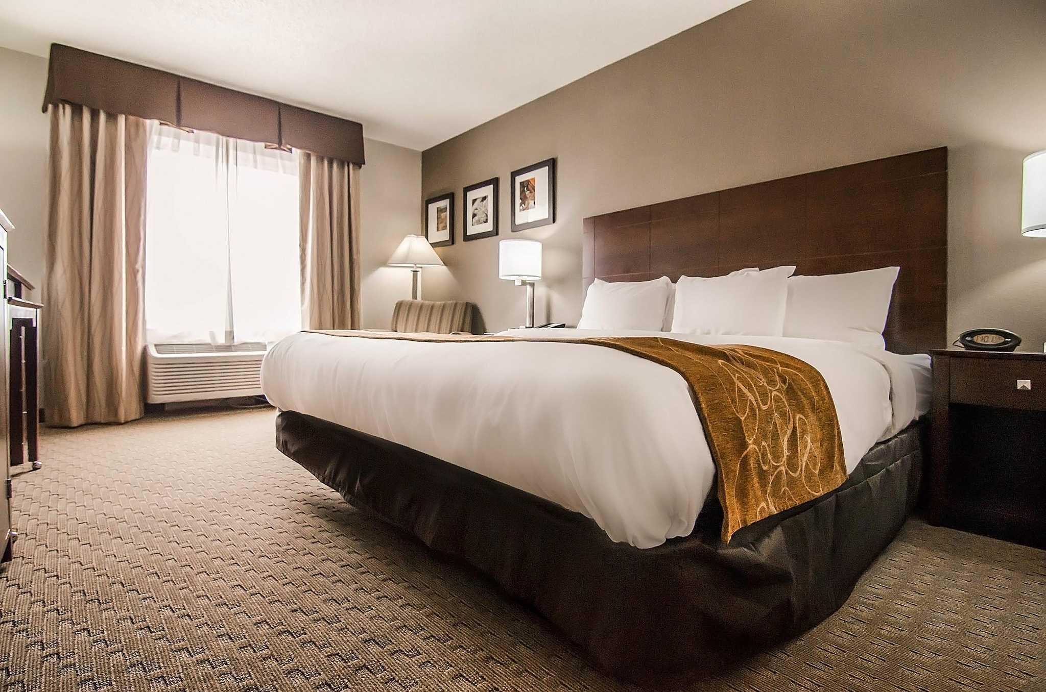 Room Hotel Suites Near St Joseph Mo