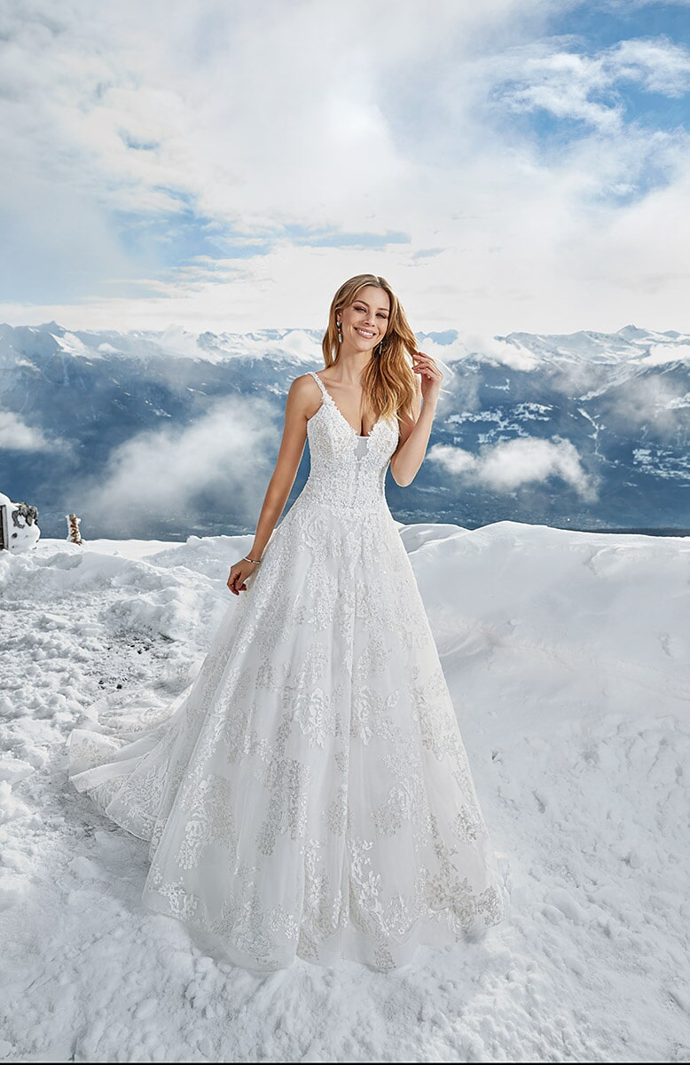 Visit Bridal Palace In Bellevue To For Your And Formal Wear Select From Wedding Gowns Tuxedos Bridesmaids Dresses Mother Of The Bride