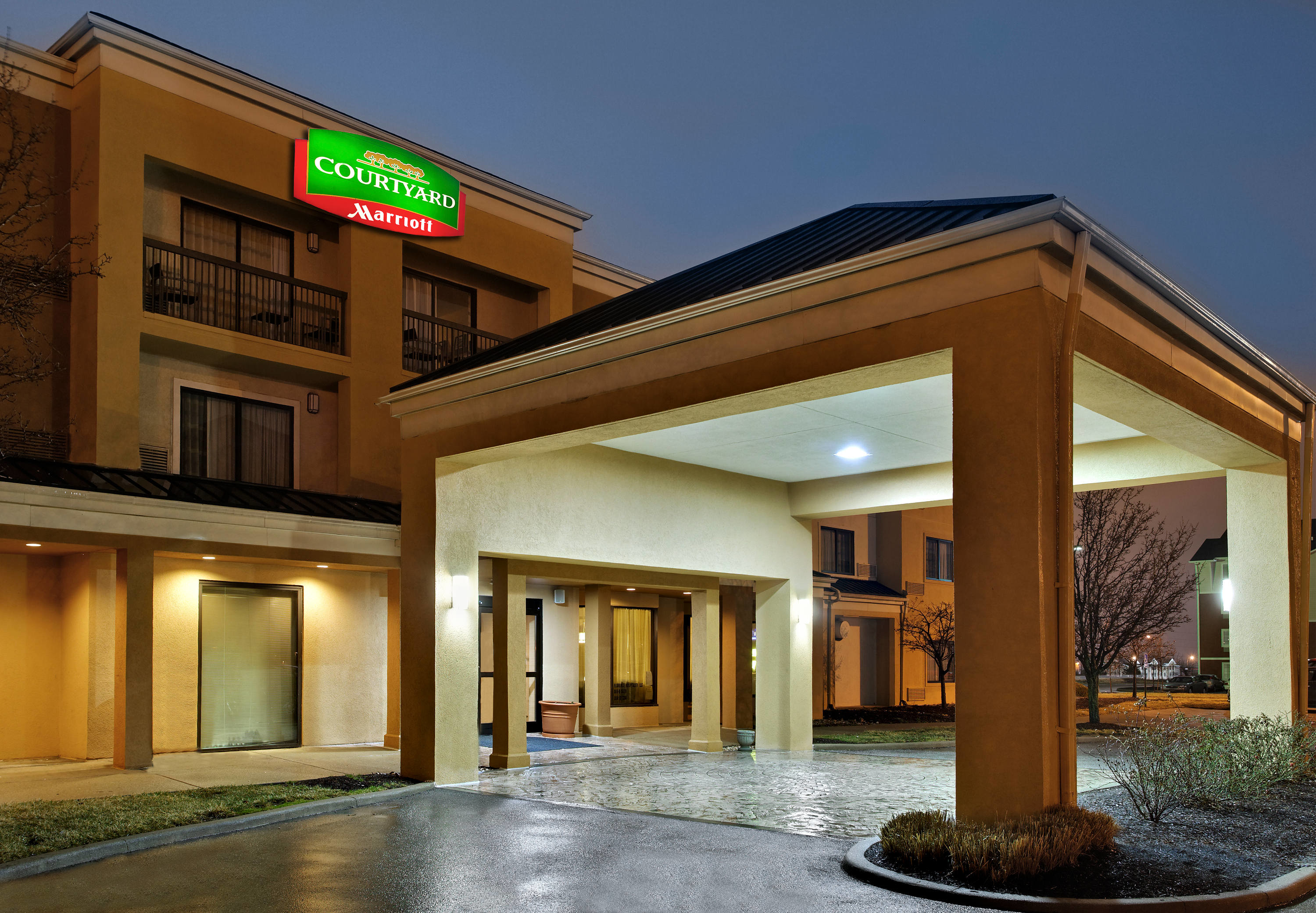 courtyard by marriott cincinnati airport south florence in. Black Bedroom Furniture Sets. Home Design Ideas