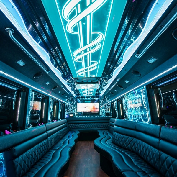 Wright Party Bus & Limousine, Miamisburg Ohio (OH