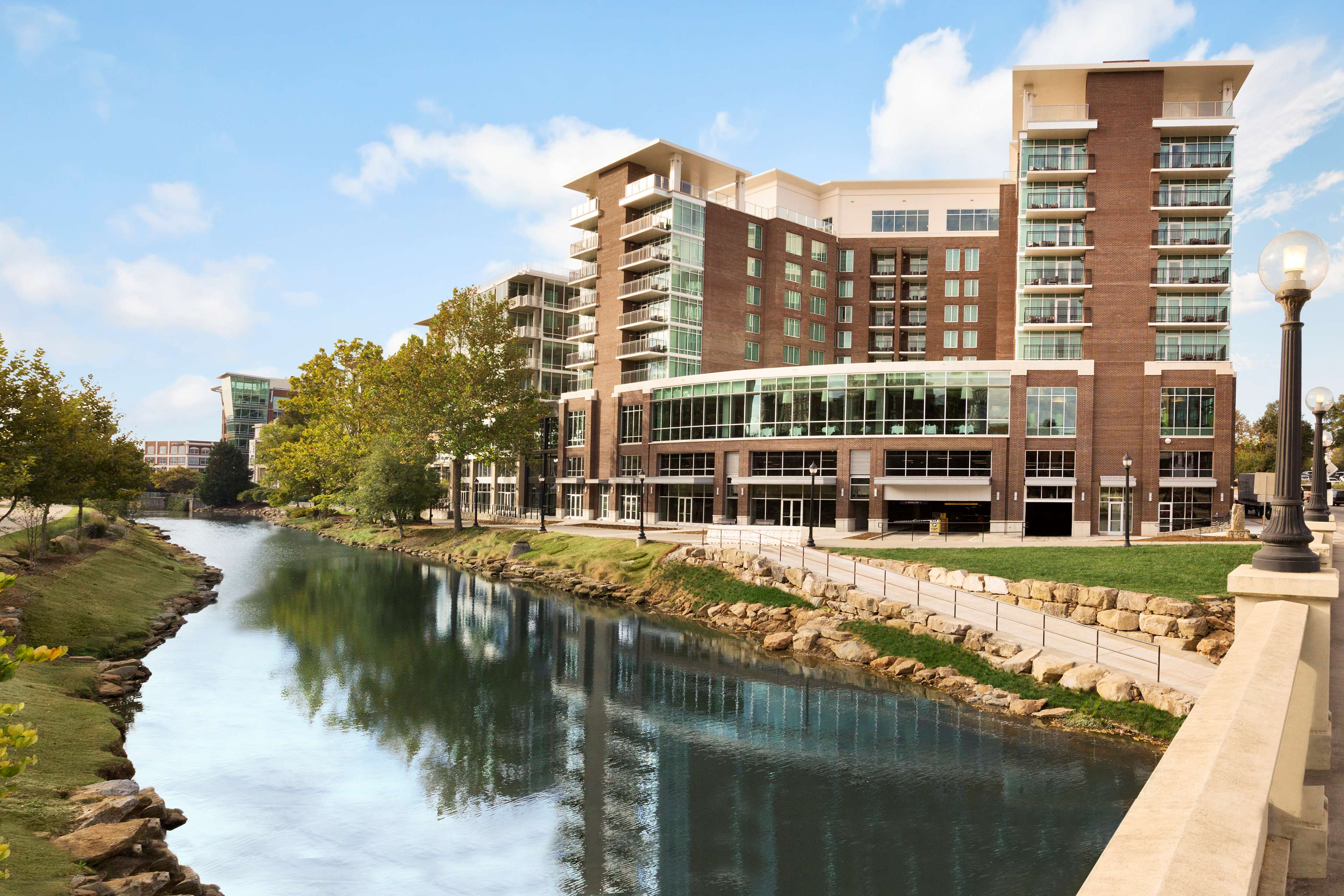 Embassy suites by hilton greenville downtown riverplace - Total home exteriors greenville sc ...