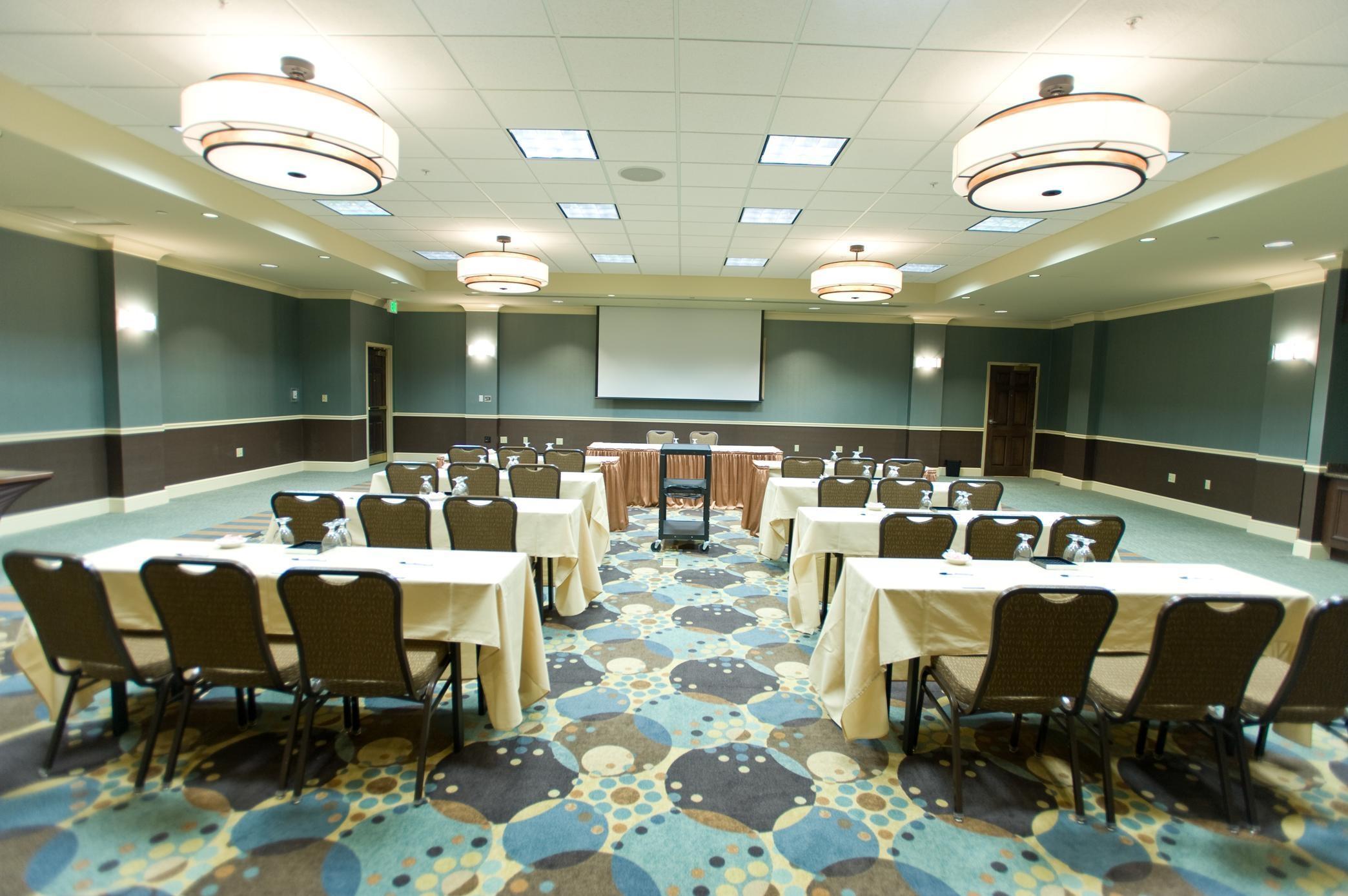 Hilton Garden Inn Omaha East Council Bluffs In Council Bluffs Ia Hotels Motels Yellow