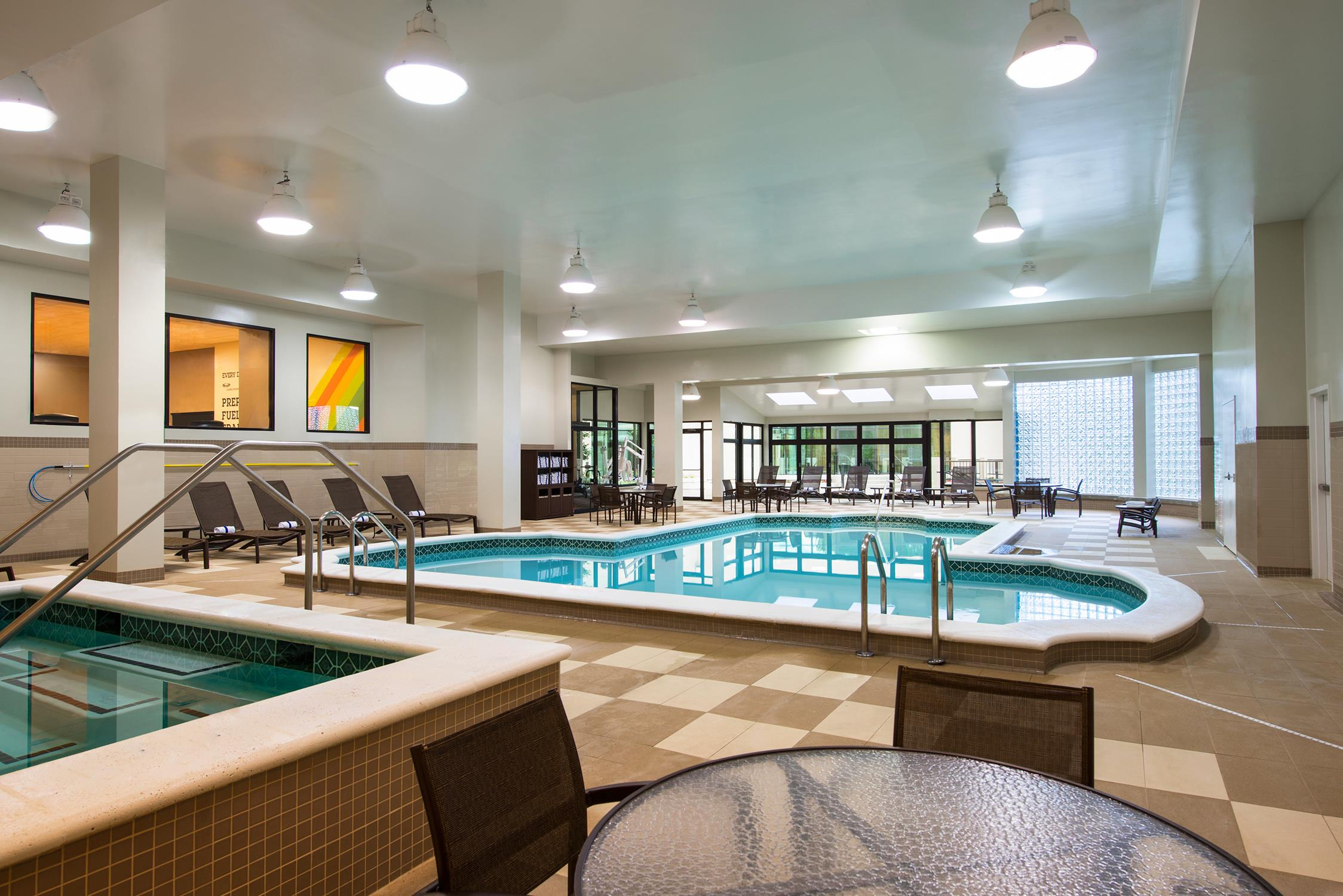 Sheraton wilmington south hotel new castle delaware de - Swimming pool discounters new castle pa ...