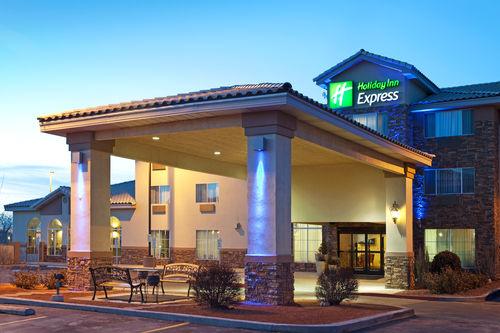 Holiday Inn Express Suites Farmington Bloomfield In Farmington Nm 87401