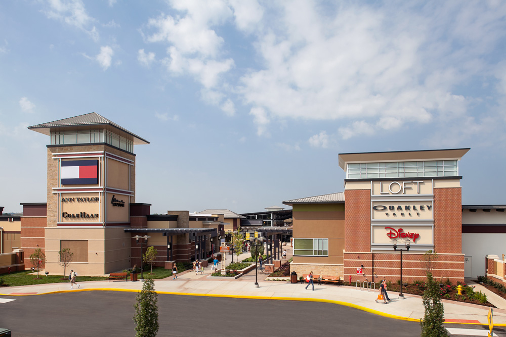 Find PacSun hours and map on Outlet Boulevard, Chesterfield, MO. Store opening hours, closing time, address, phone number, directions PacSun — Outlet Boulevard Chesterfield, MO Hours and Location Category: Sportswear-Retail Hours for other Chesterfield stores Click for more in Chesterfield.