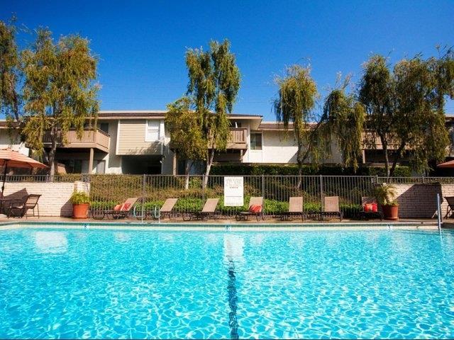 Stoneridge apartments in upland ca 91786 for Landscape rock upland ca