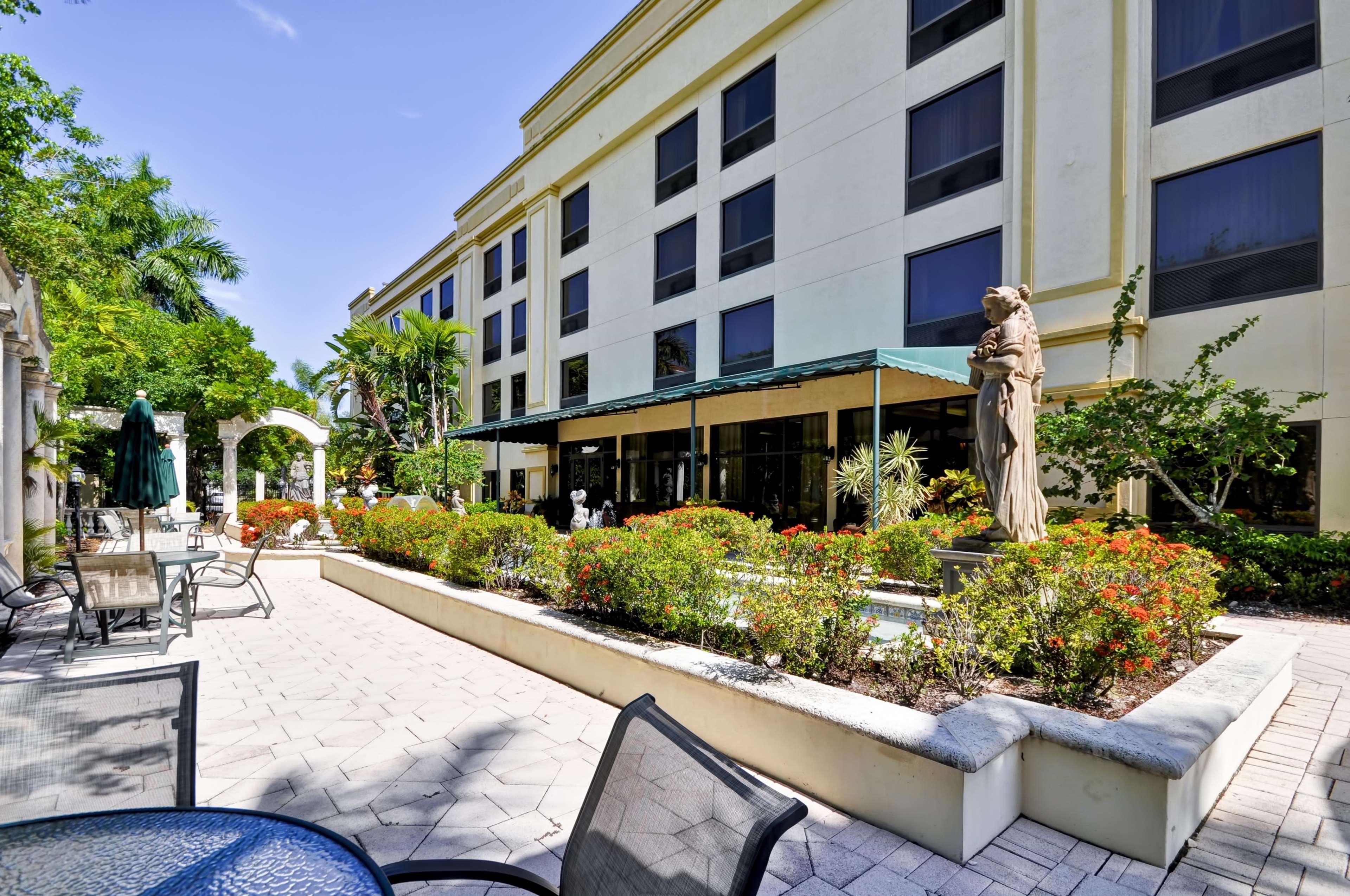 Hampton Inn Palm Beach Gardens In Palm Beach Gardens Fl 33410