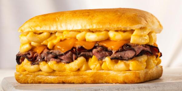 Earl of Sandwich - Beefy Mac & Cheesy LTO