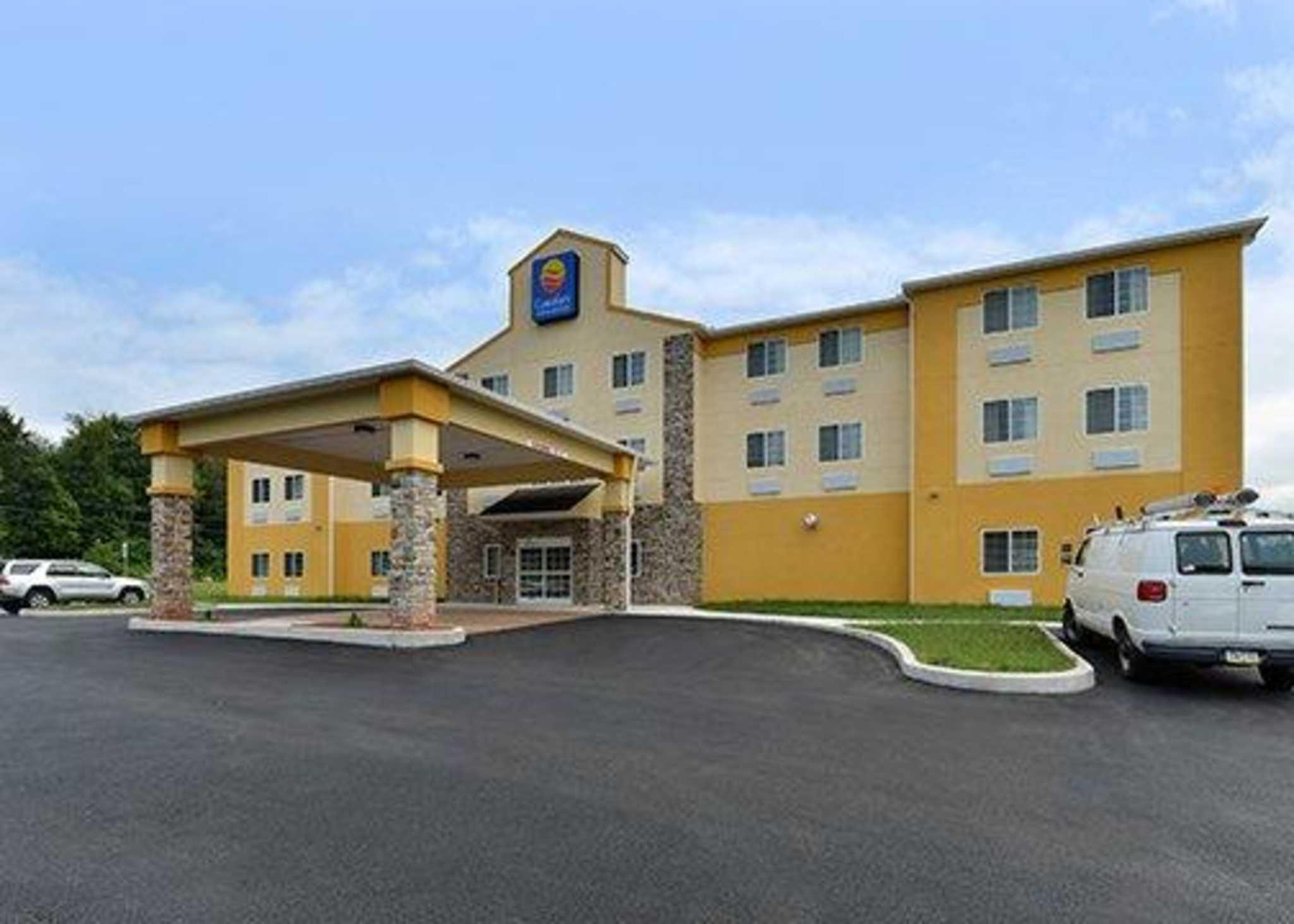 Comfort Inn Amp Suites Manheim Lebanon Manheim Pa Www