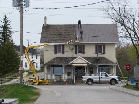 Images Kawartha Steel Roof & Construction Inc