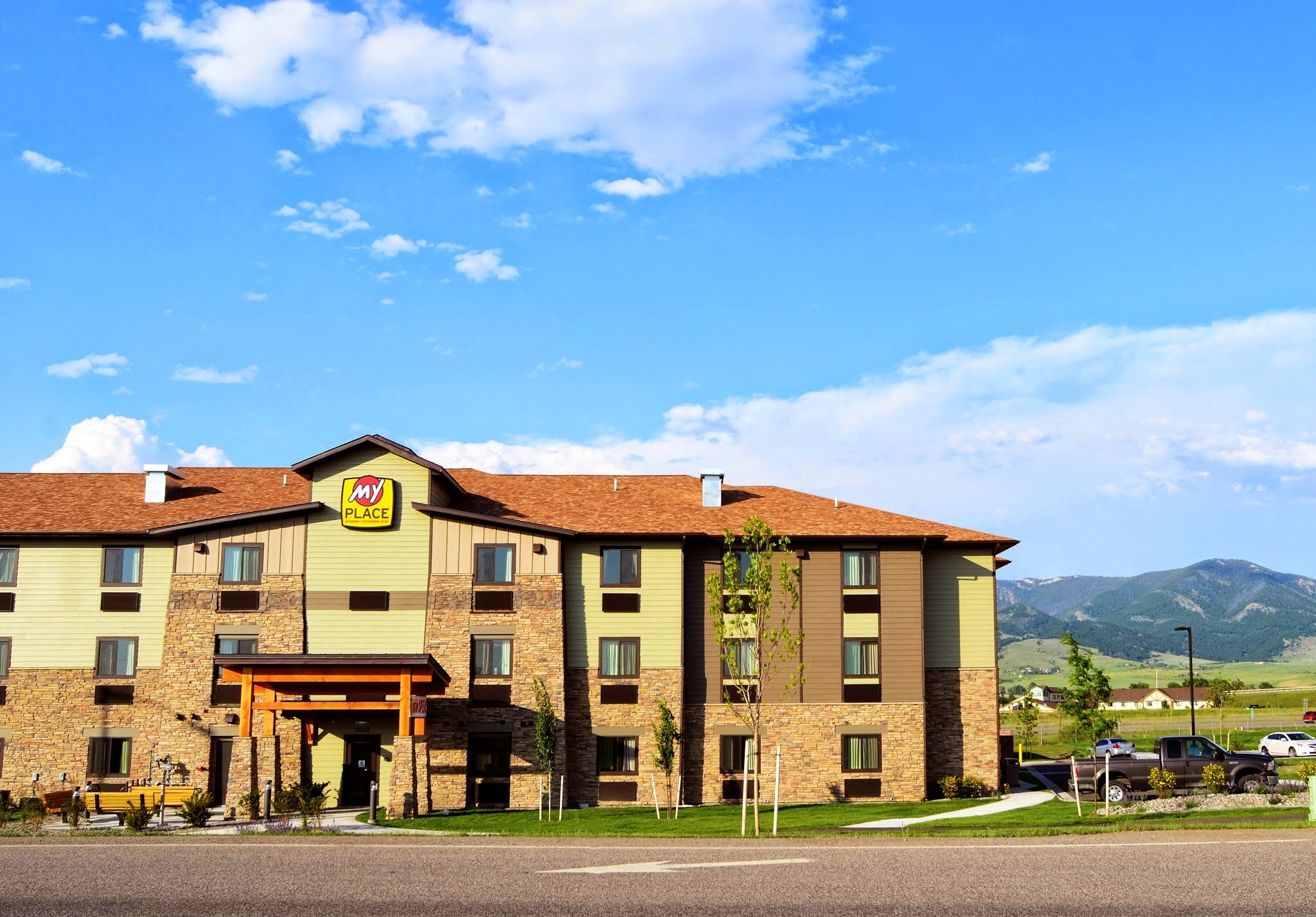 my place hotel bozeman mt in bozeman mt hotels. Black Bedroom Furniture Sets. Home Design Ideas