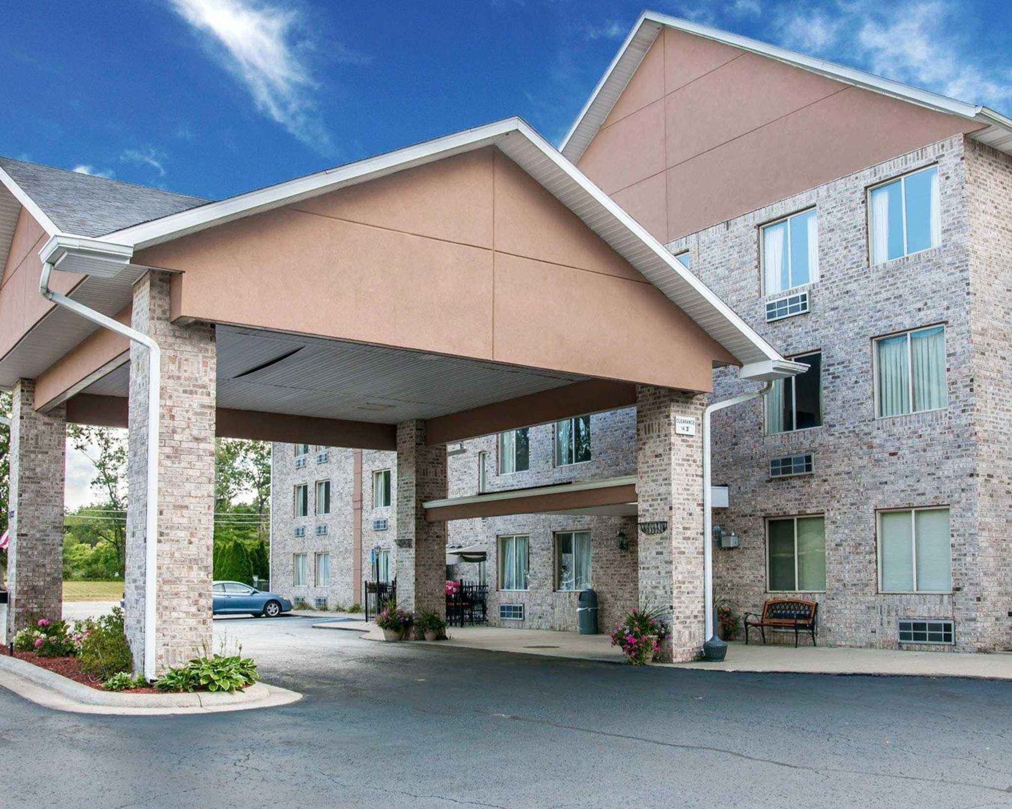 Whitehall Michigan Hotels Motels