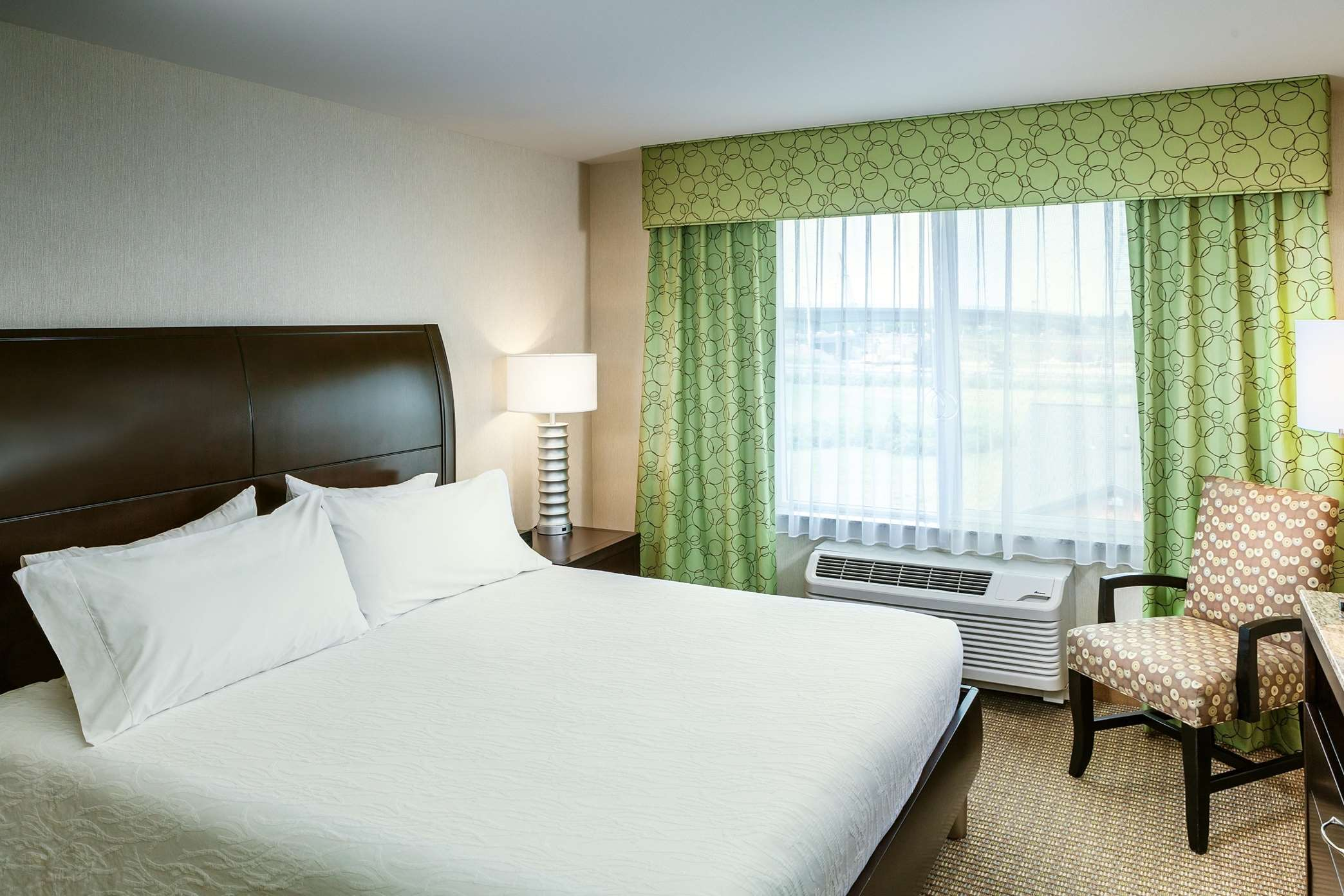 Hilton Garden Inn Seattle Bothell Wa Coupons Near Me In Bothell 8coupons