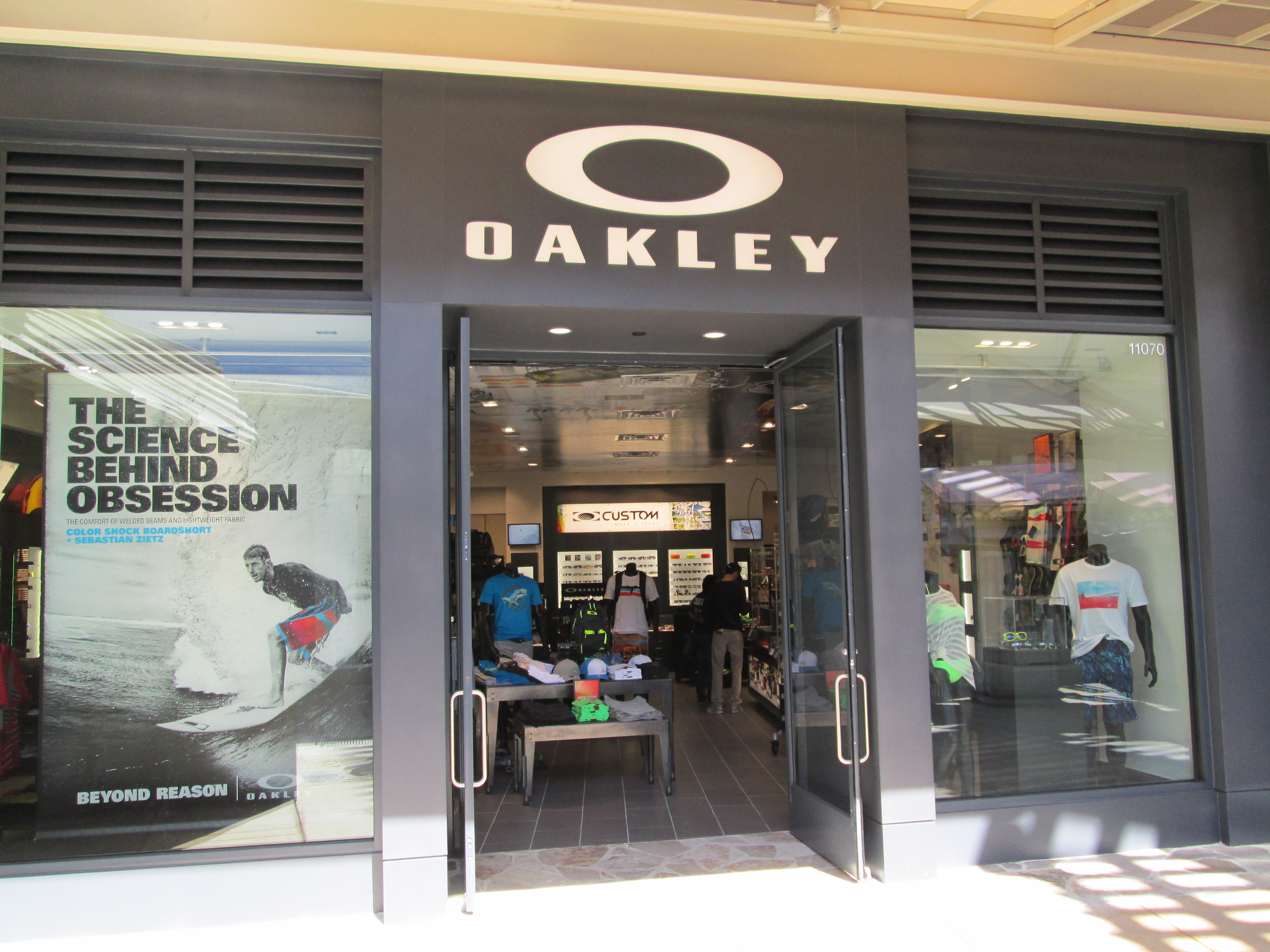 oakley store san antonio texas tx. Black Bedroom Furniture Sets. Home Design Ideas